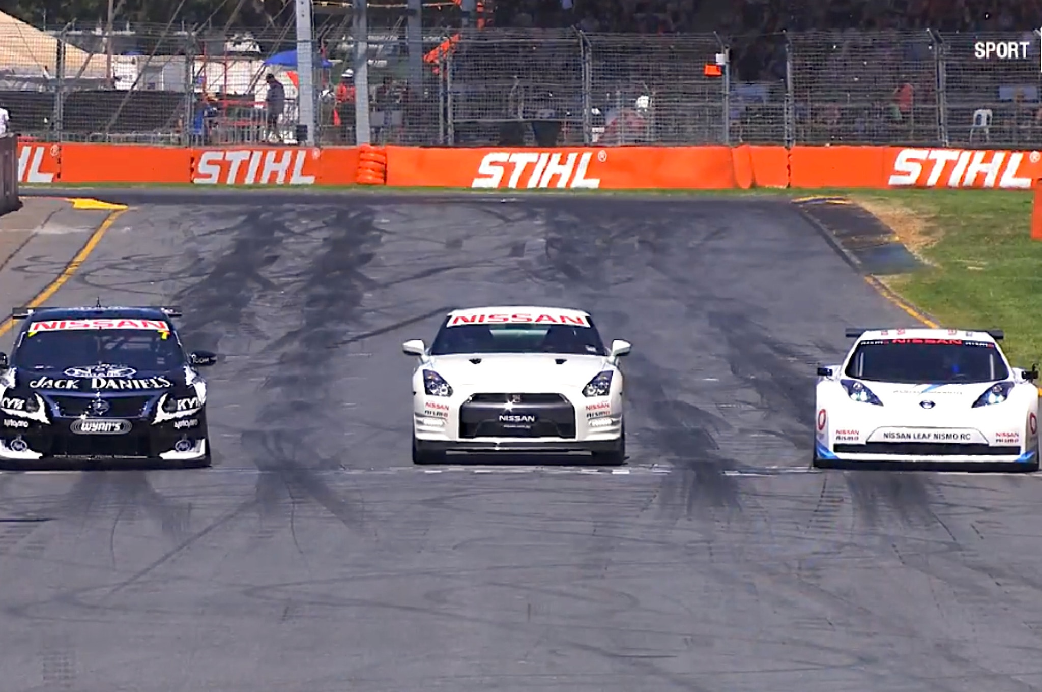 Nissan Leaf Nismo Rc With V8 Altima And Gt R Time Attack Video