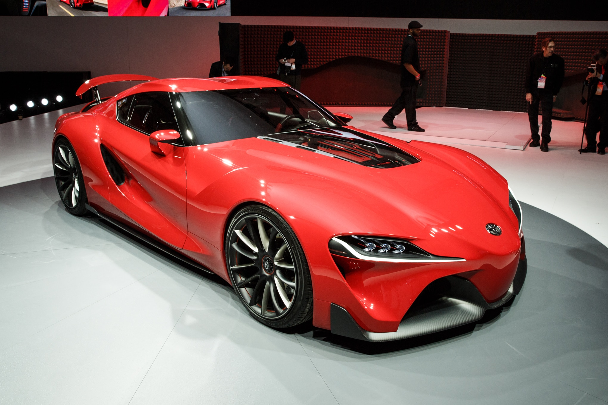 Toyota Ft 1 Concept Detroit Front Three Quarter 21
