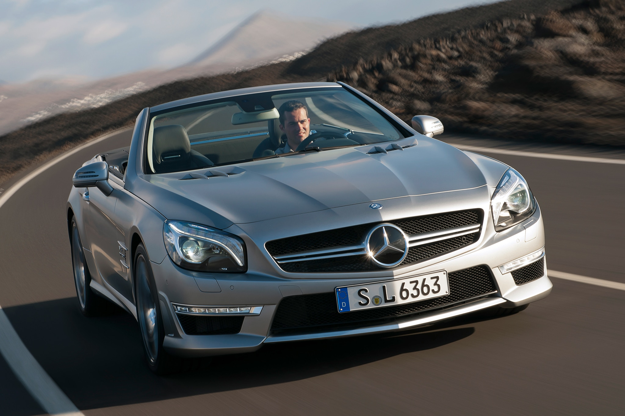 2013 Mercedes Benz SL63 AMG Three Quarters View 191