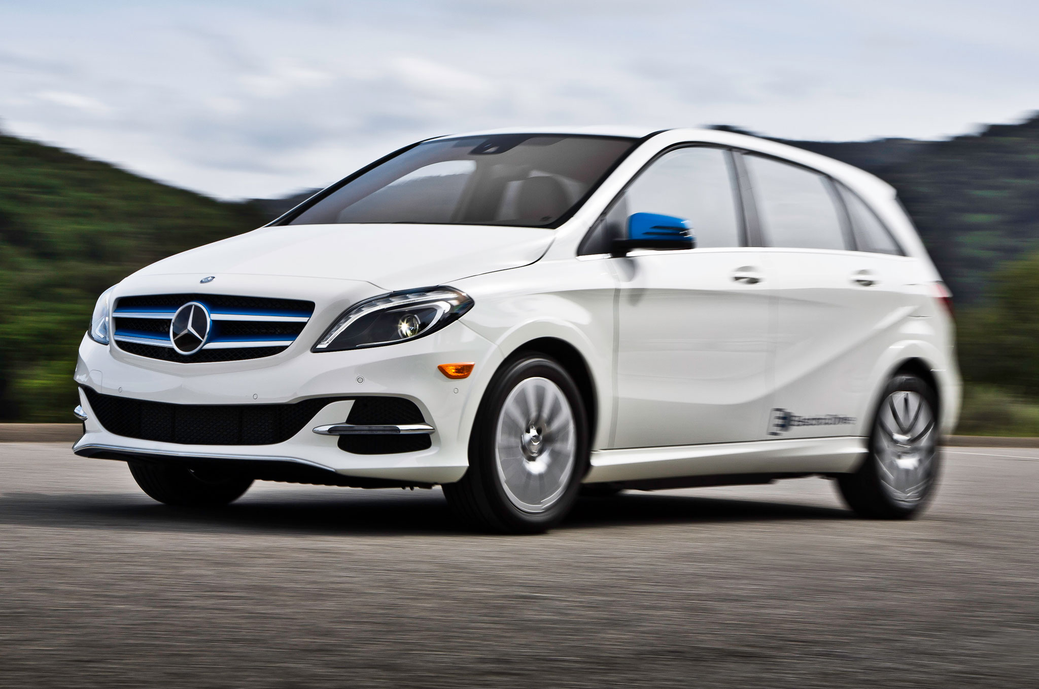 2014 mercedes benz b class electric drive costs 42 375 for Mercedes benz b class electric