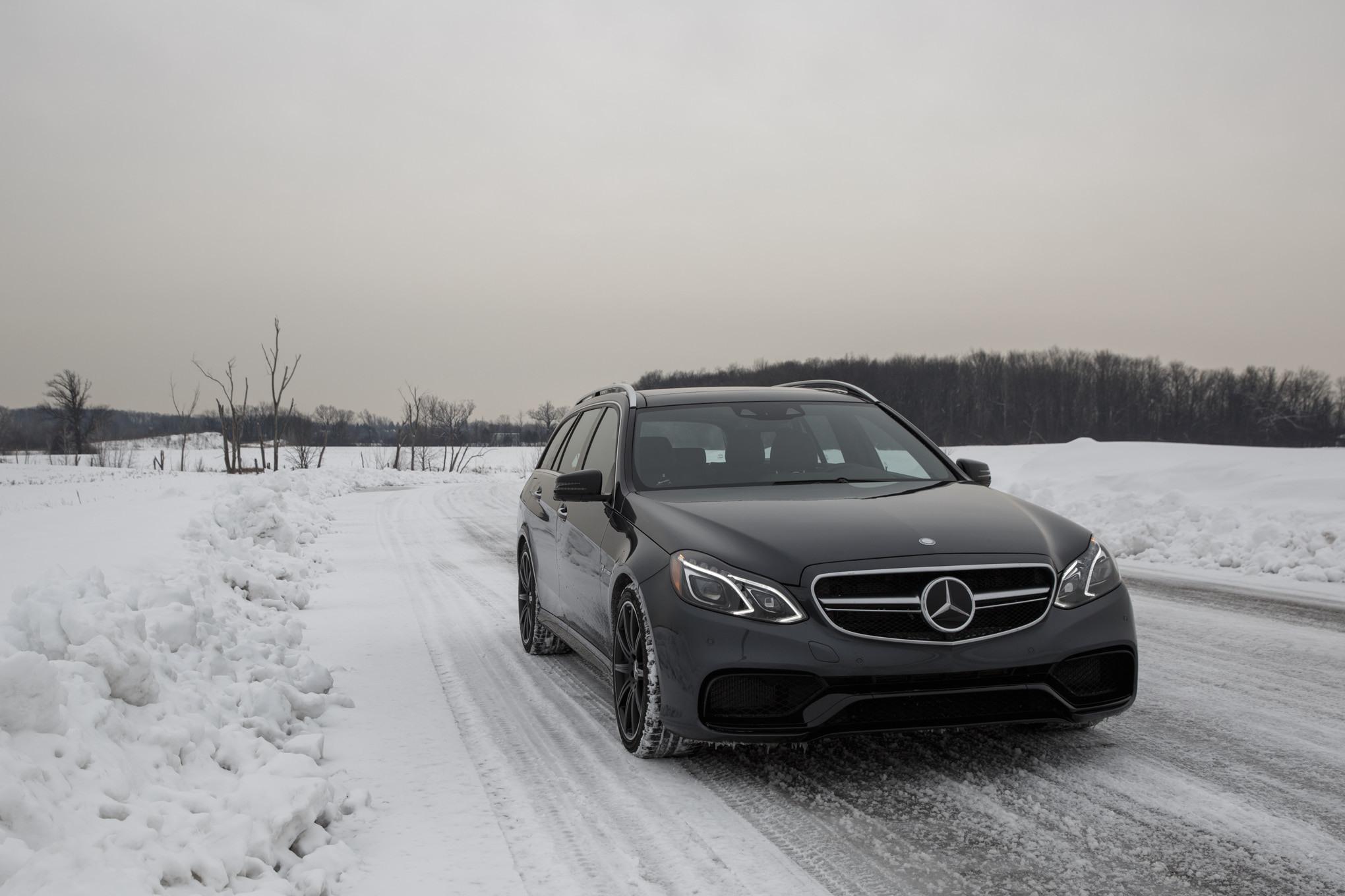 2014 Mercedes Benz E63 AMG Wagon Front End1