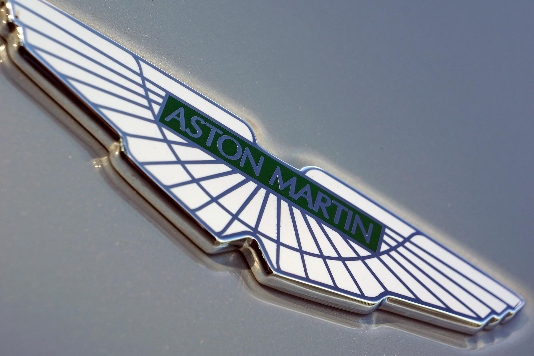 2014 Aston Martin DB9 Convertible Exterior View 31