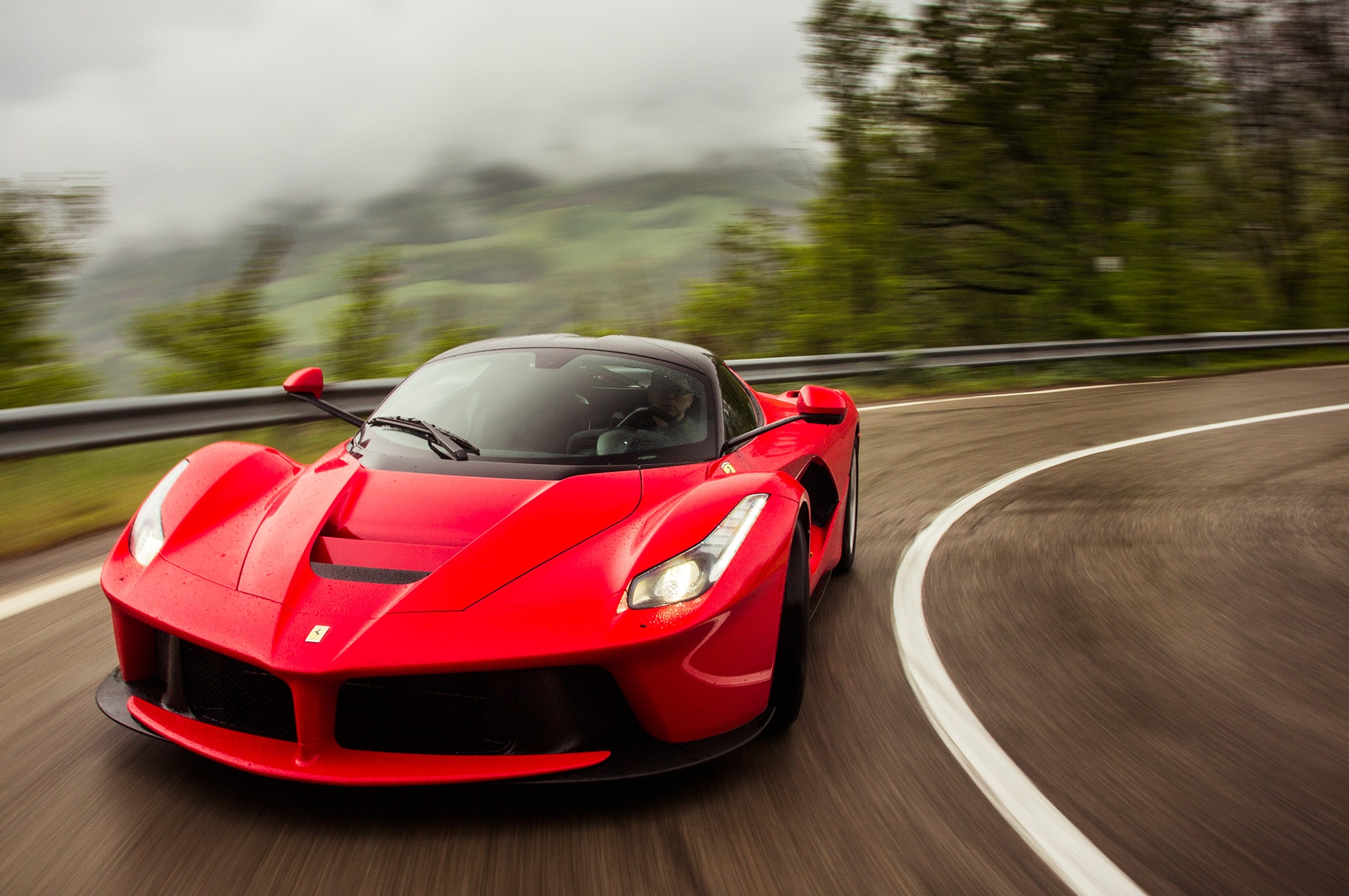 2014 Ferrari Laferrari Front Three Quarters Motion 11