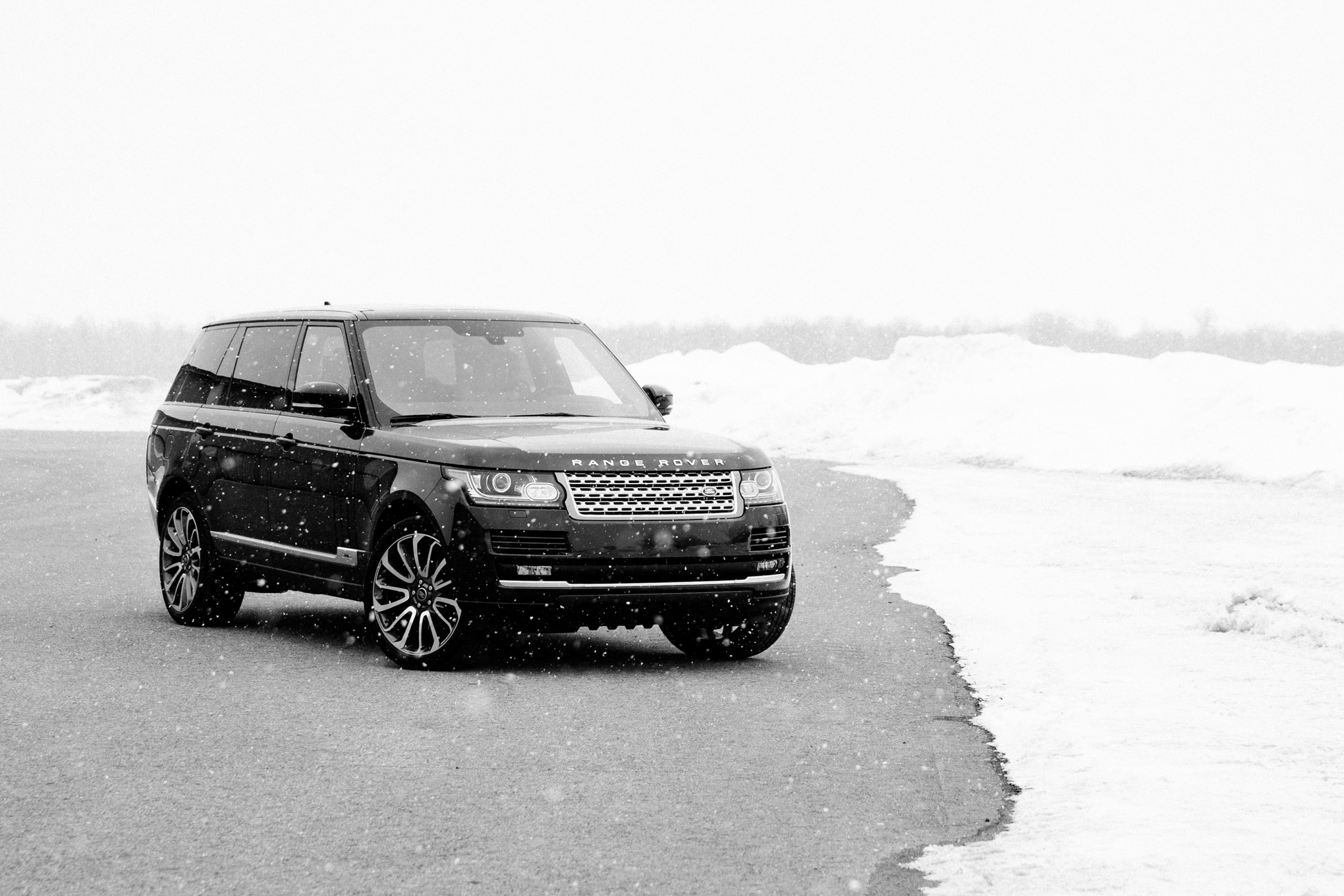 2014 range rover autobiography long wheelbase around the block. Black Bedroom Furniture Sets. Home Design Ideas