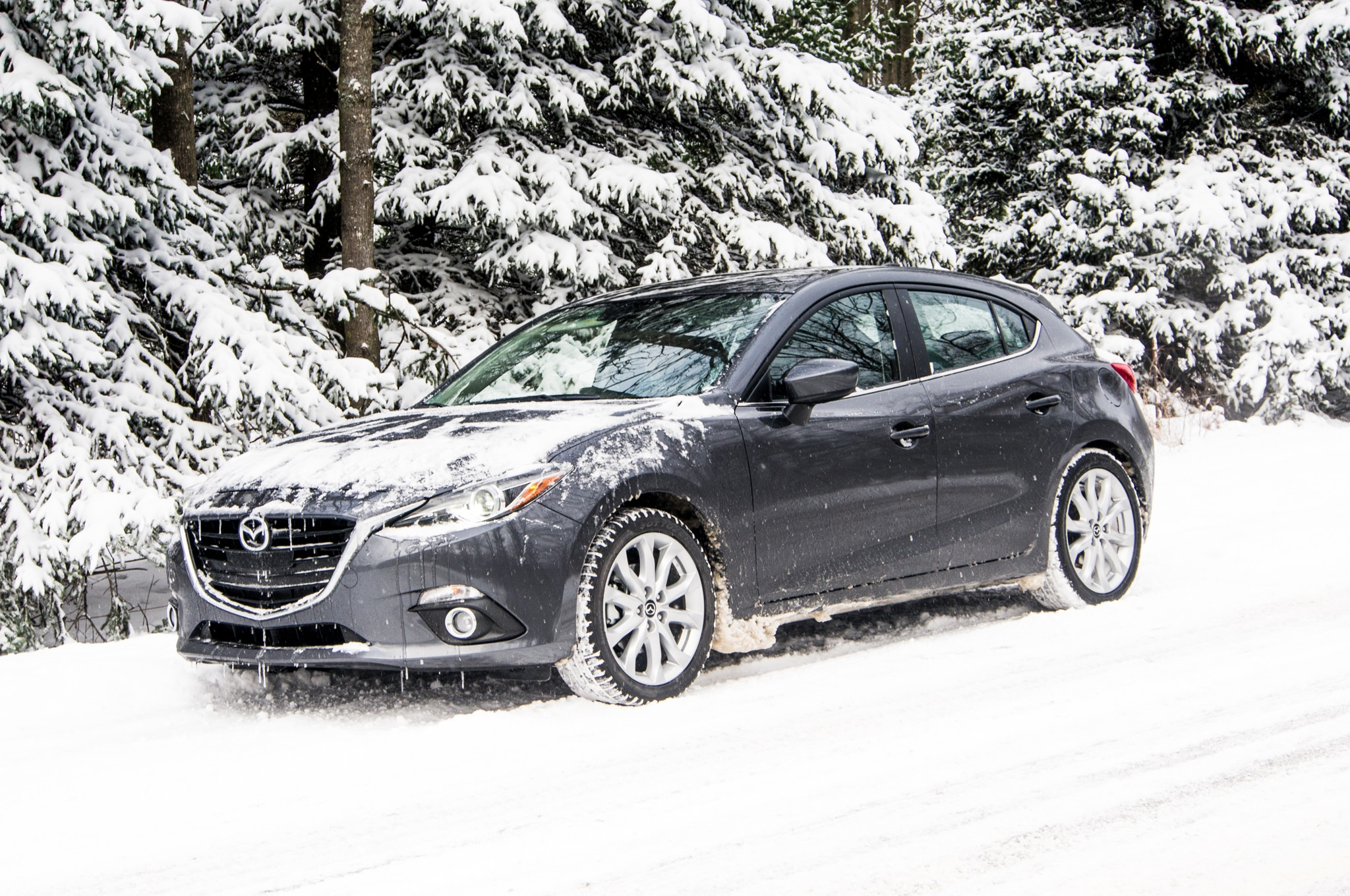 2014 Mazda 3 Front Three Quarter 2 Four Seasons March1