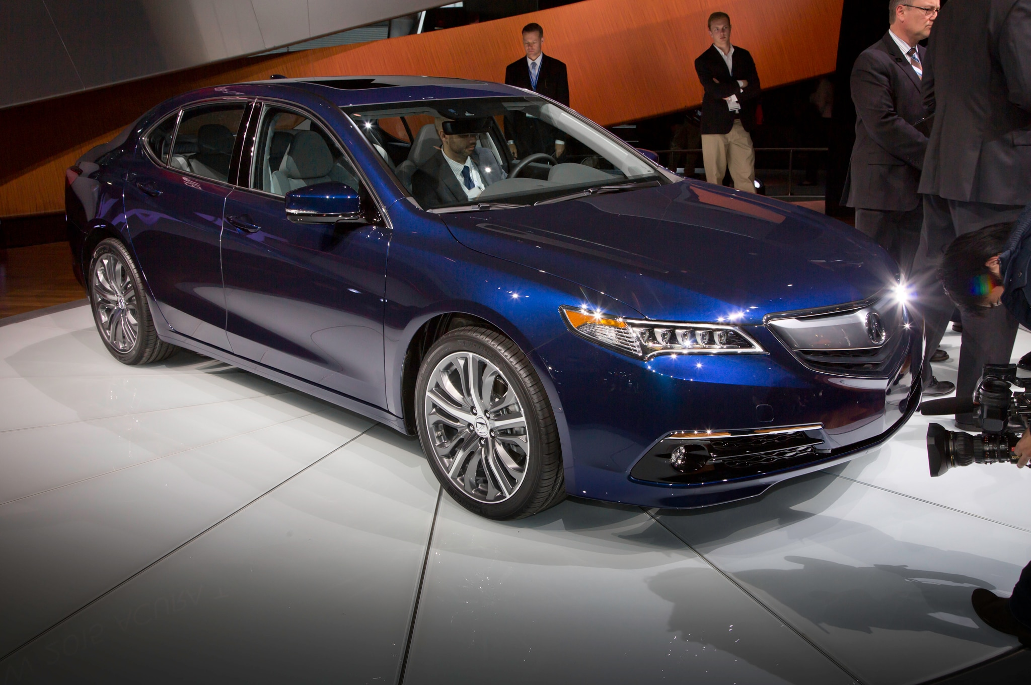 2015 Acura TLX Shown in New York - Automobile Magazine