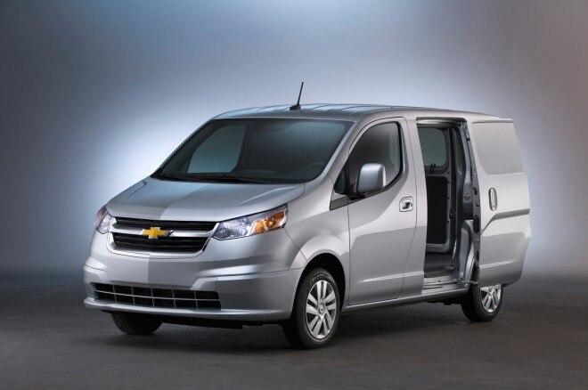 2015 Chevrolet City Express Front Three Quarter 02 660x438