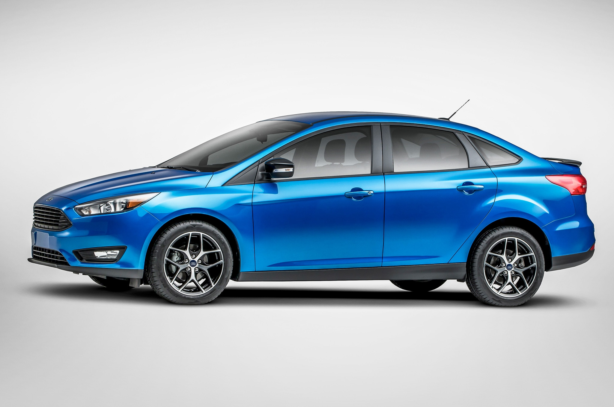 65|68 & 2015 Ford Focus Facelift 1.0-liter Version Premier at New York markmcfarlin.com
