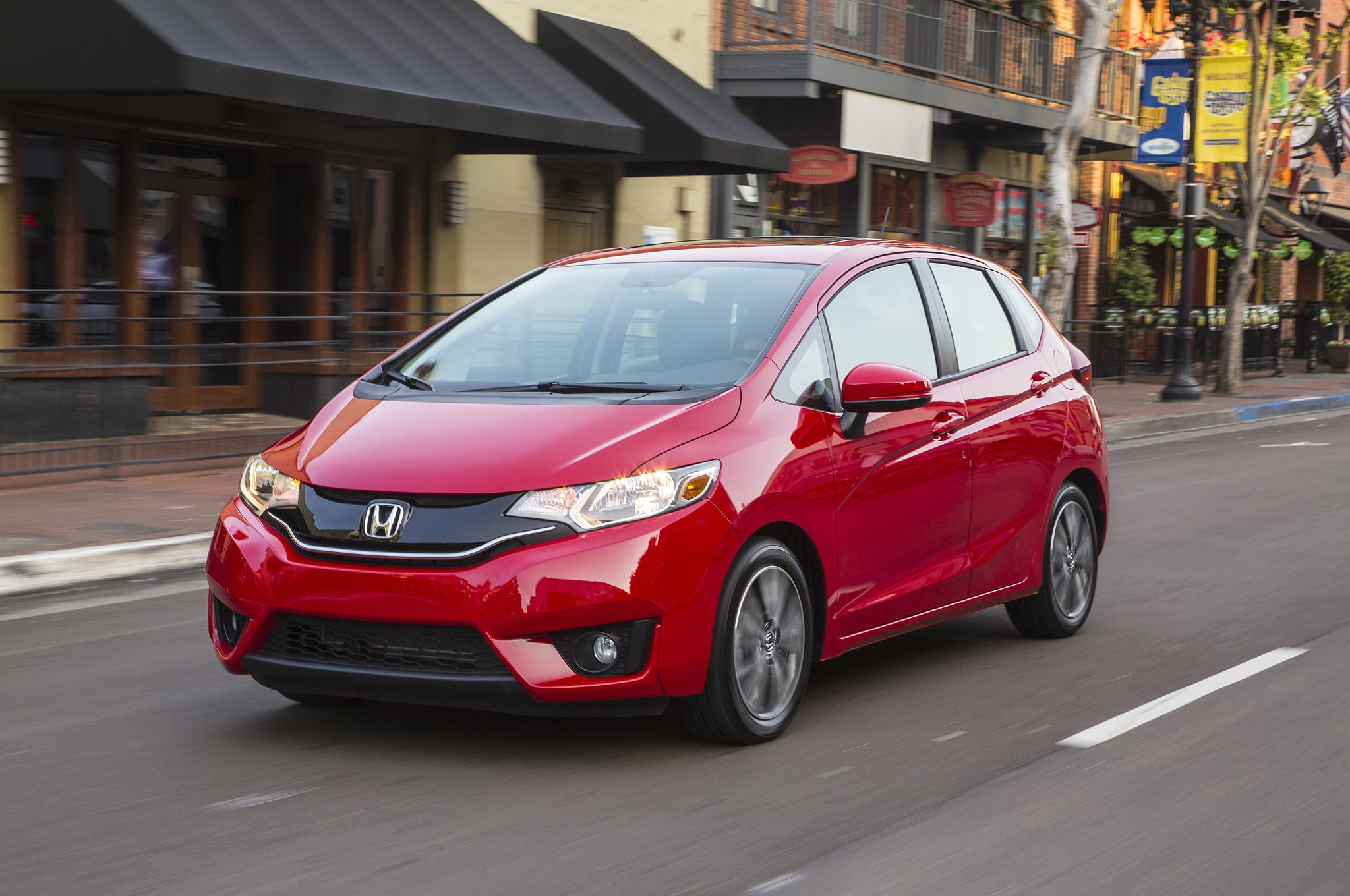 2015 Honda Fit Front Three Quarters In Motion 041