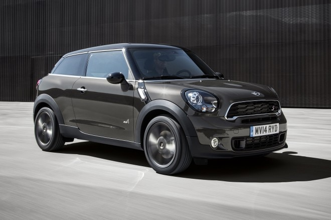 2015 Mini Paceman Front Side Motion View2 660x438