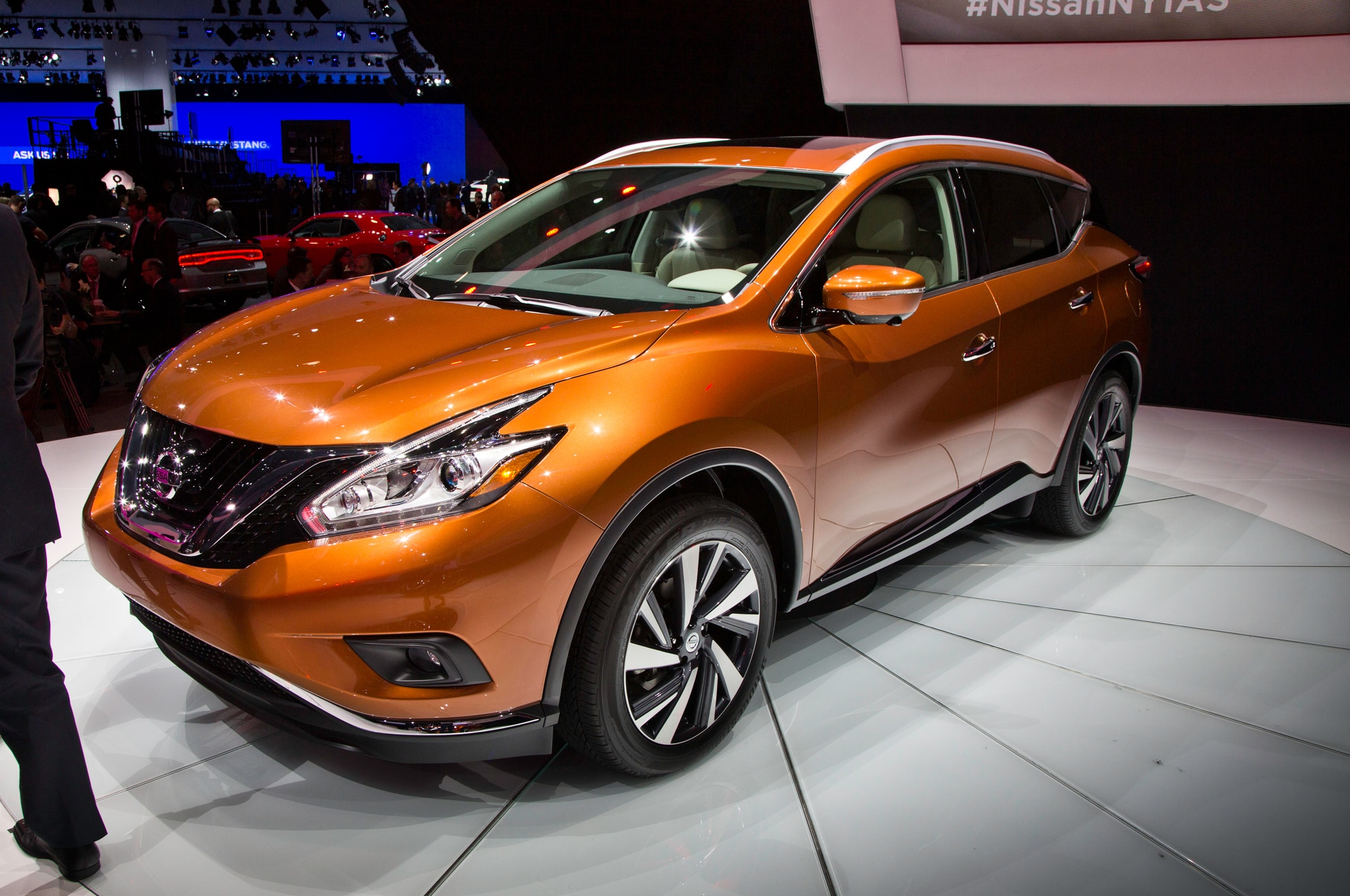 2015 Nissan Murano Front Three Quarters1