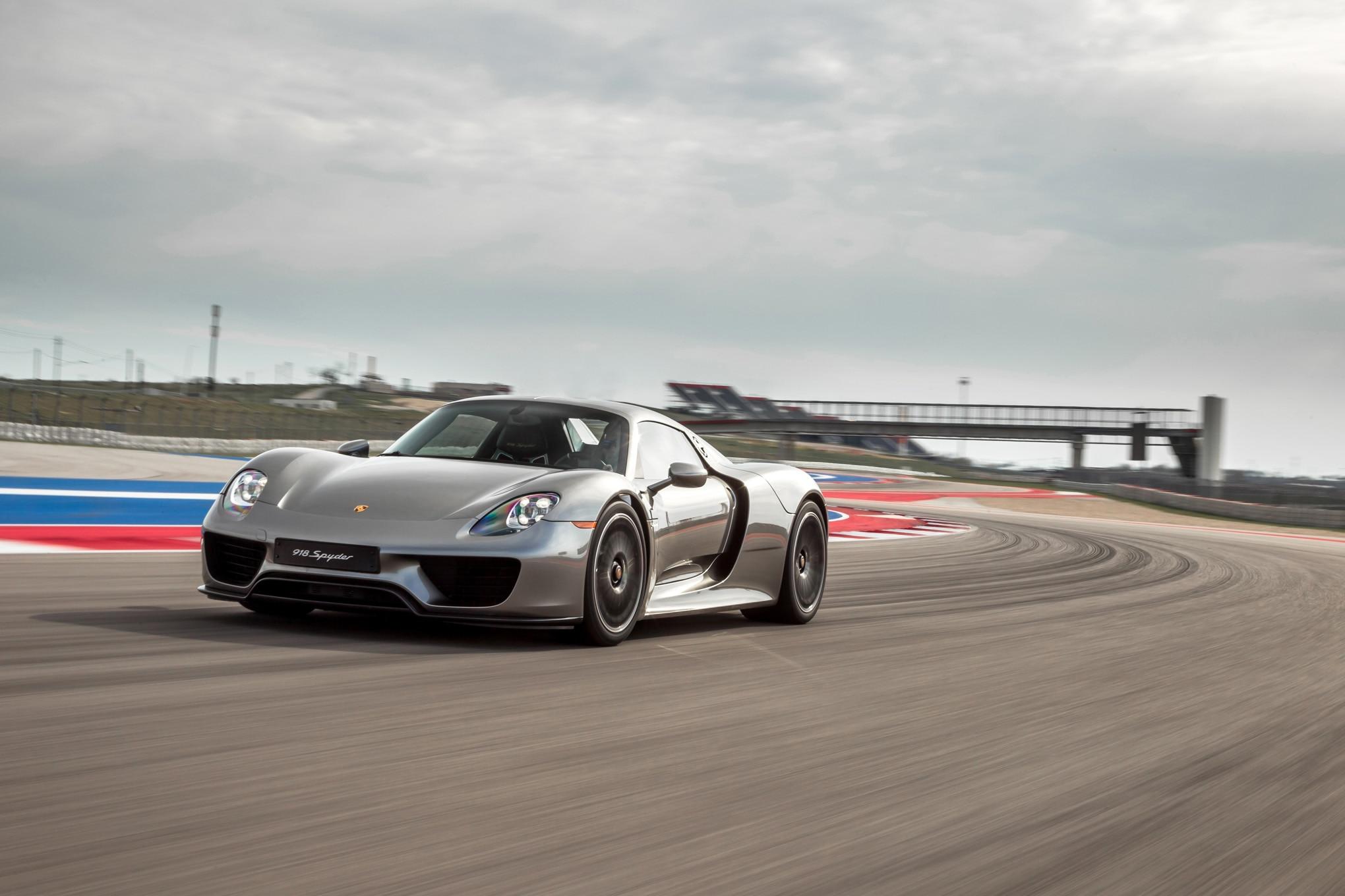 2015-Porsche-918-Spyder-front-three-quarter-in-motion-021 Elegant Porsche 918 Spyder Los Angeles Cars Trend