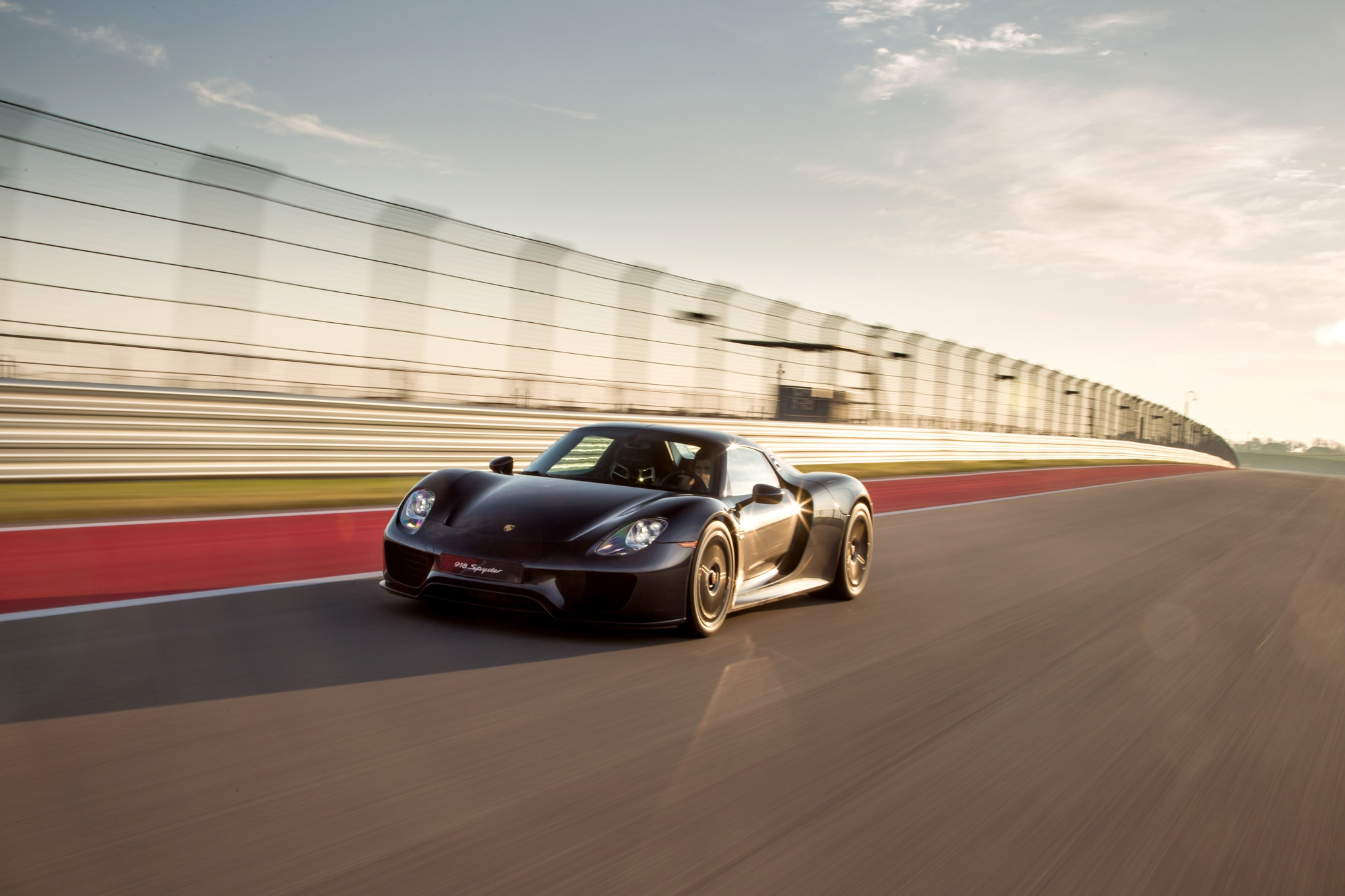 2015 porsche 918 spyder review automobile magazine. Black Bedroom Furniture Sets. Home Design Ideas