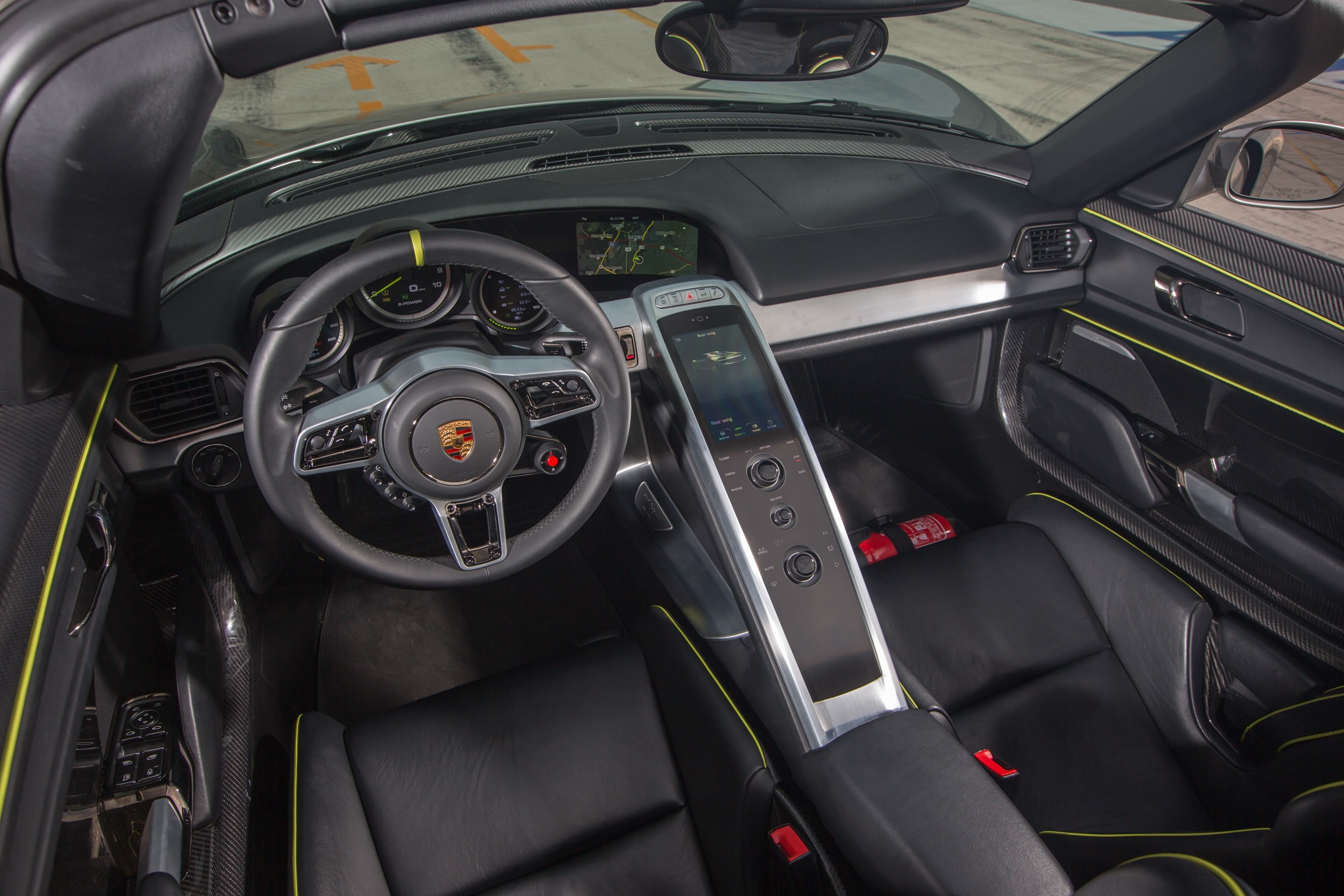 2015 porsche 918 spyder review automobile magazine - Porsche 918 interior ...