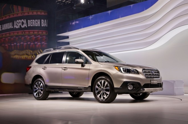 2015 Subaru Outback Front Three Quarters 021 660x438