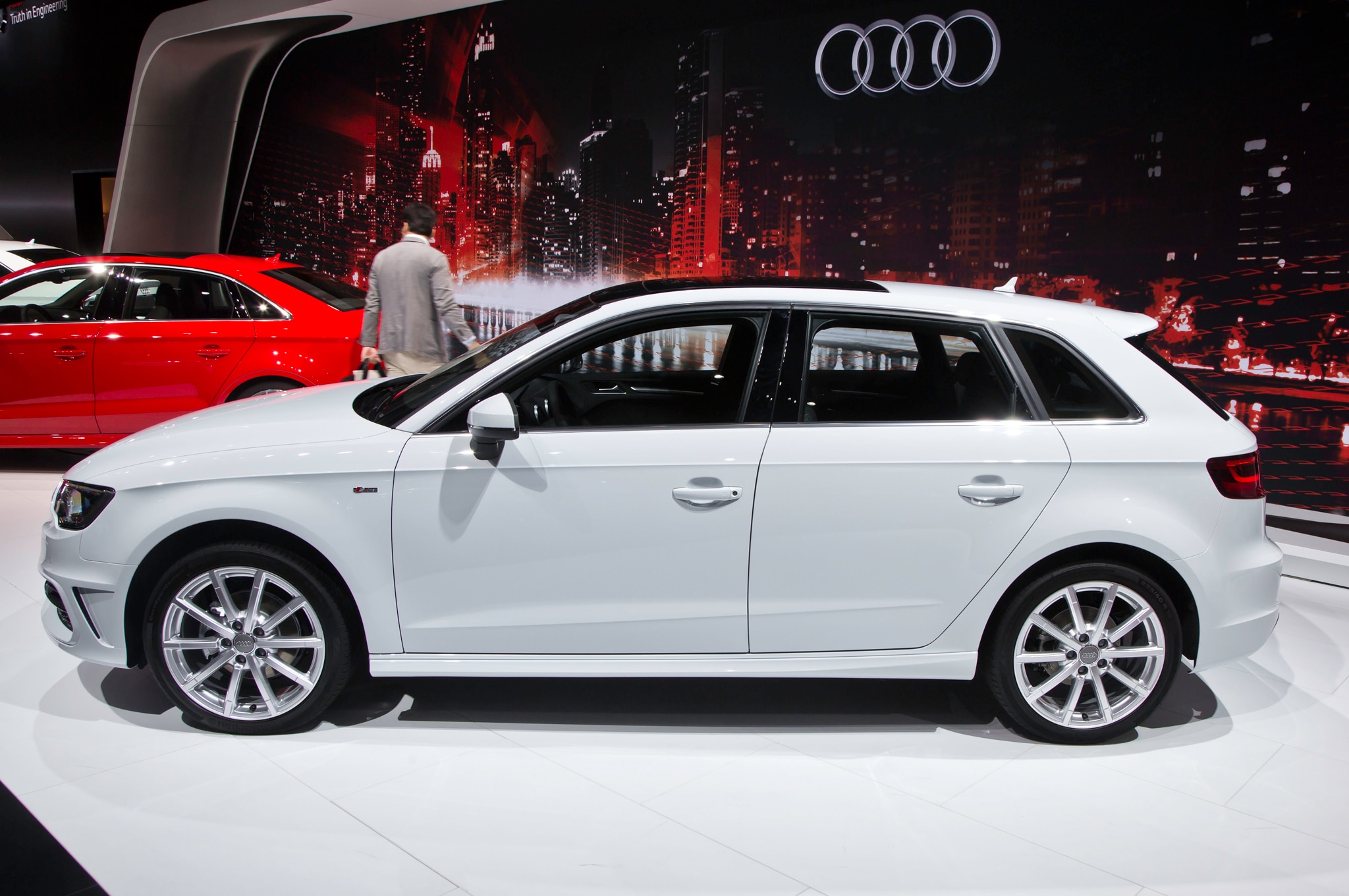 2016 Audi A3 TDI Sportback Side1