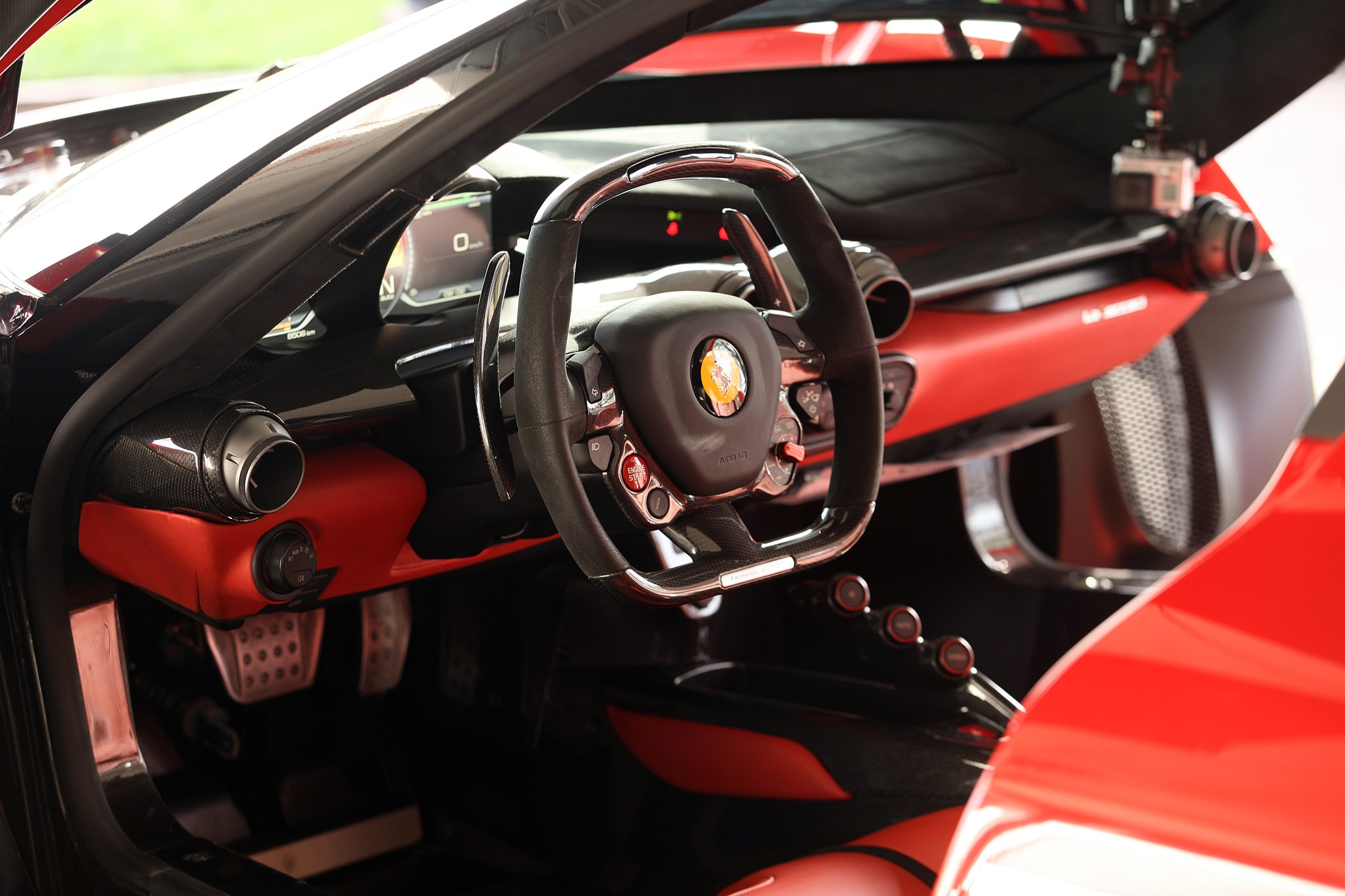 ferrari laferrari interior 02 - Ferrari 2014 Enzo Interior