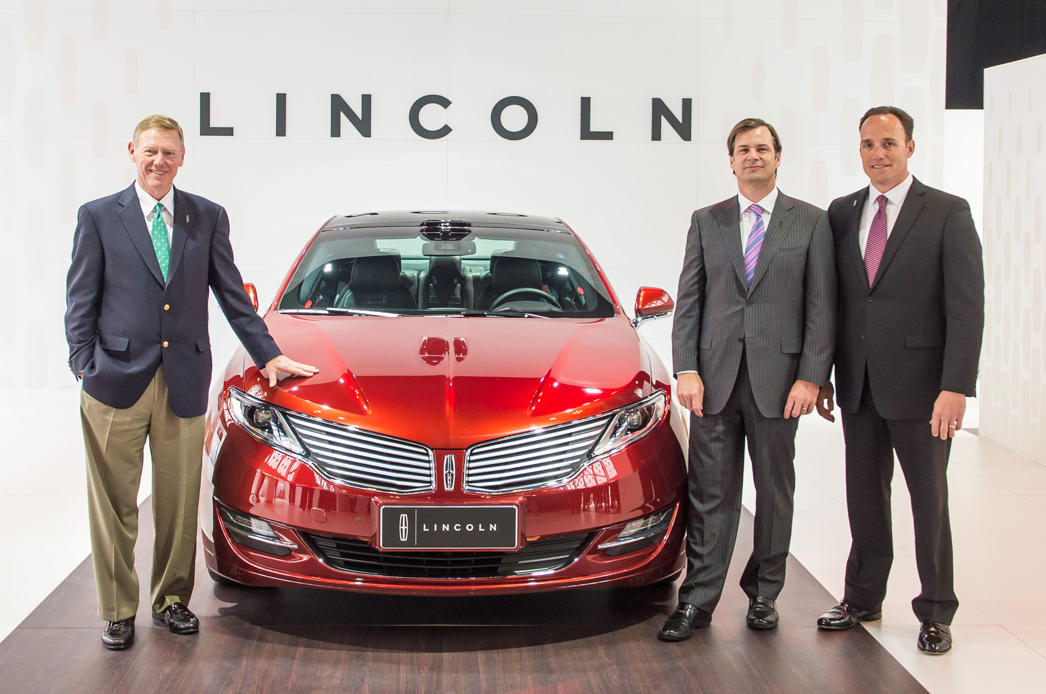 Lincoln In China Alan Mulally Jim Farley Robert Parker1