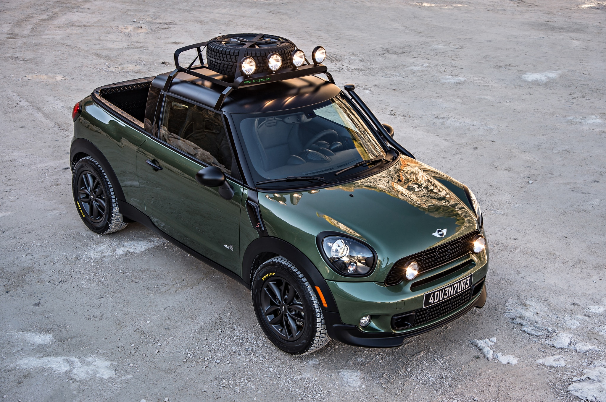 Mini Paceman Adventure Front Top View1