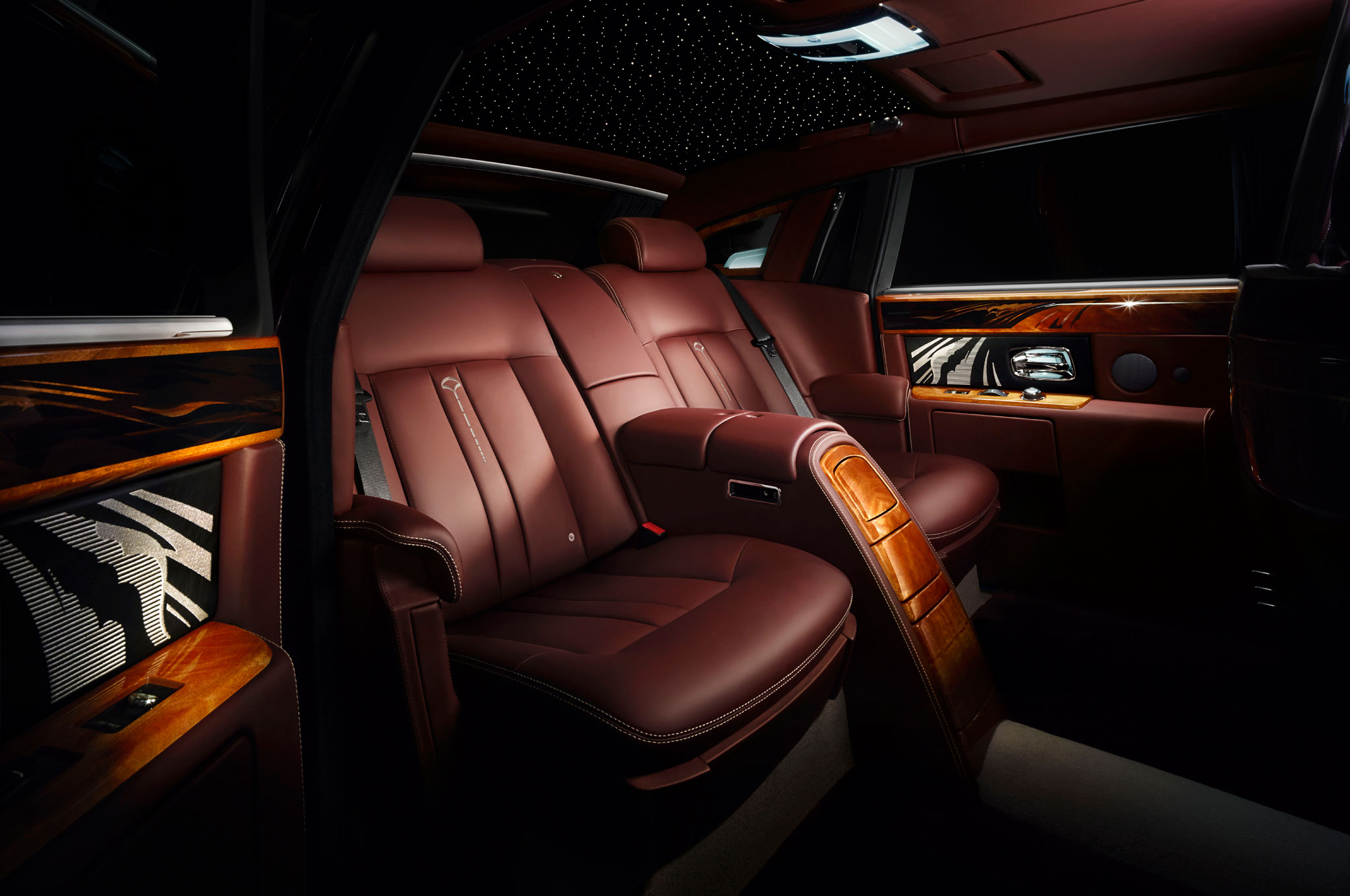 Rolls Royce Pinnacle Travel Phantom Bows At Beijing Show