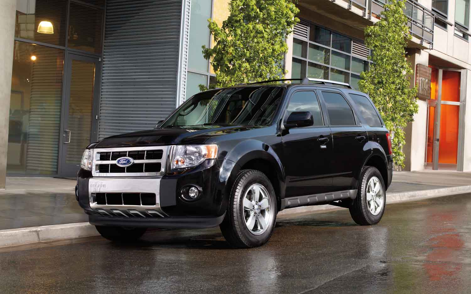 2011 Ford Escape Front View 11