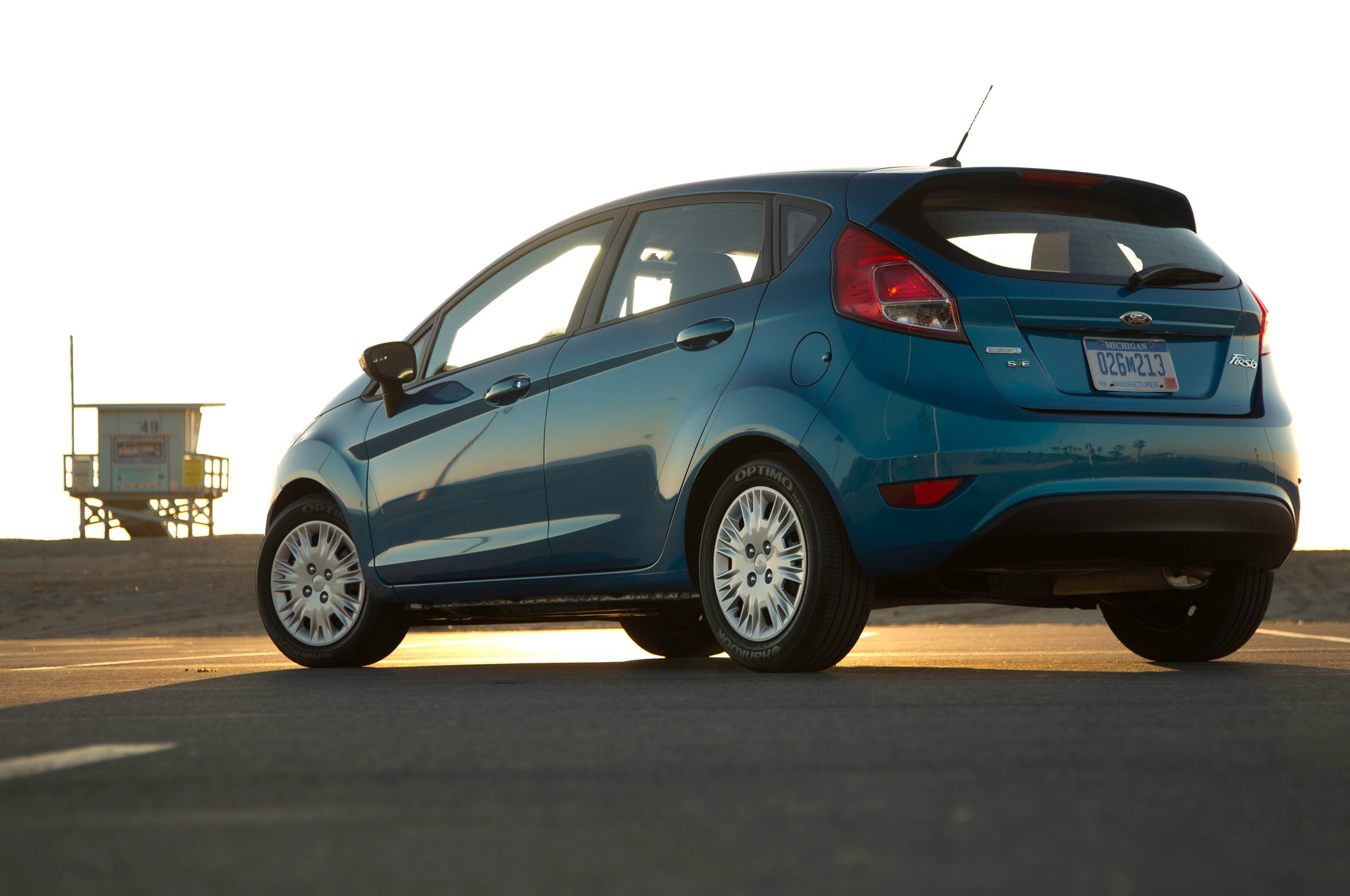 2014 Ford Fiesta SFE EcoBoost Rear Side View1