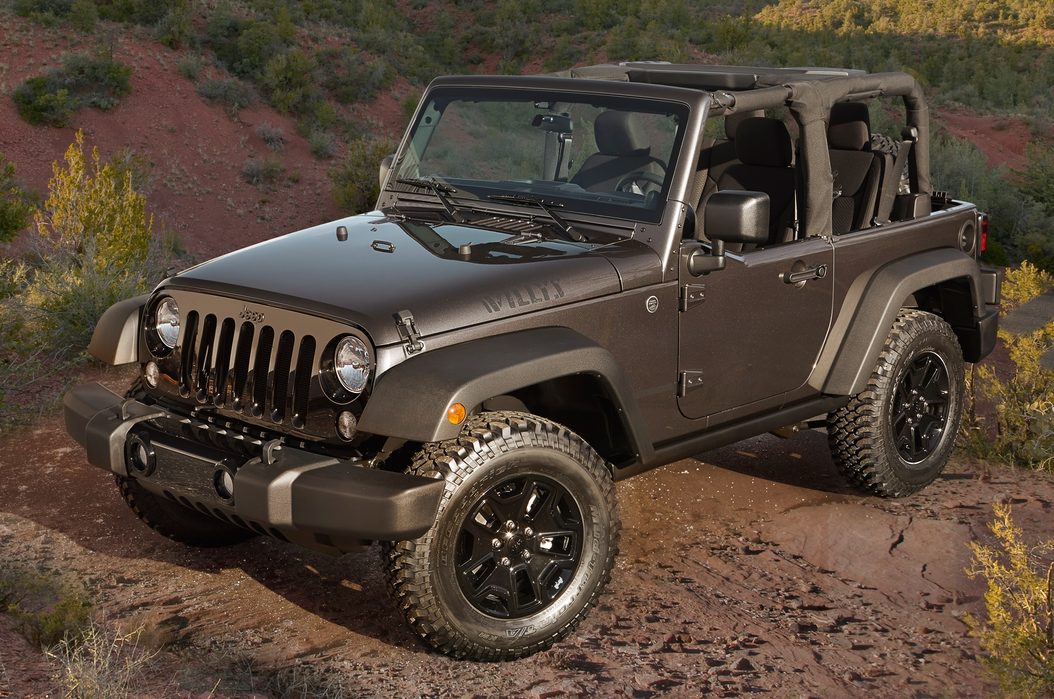 2014 Jeep Wrangler Willys Wheeler Edition Front Three Quarters1