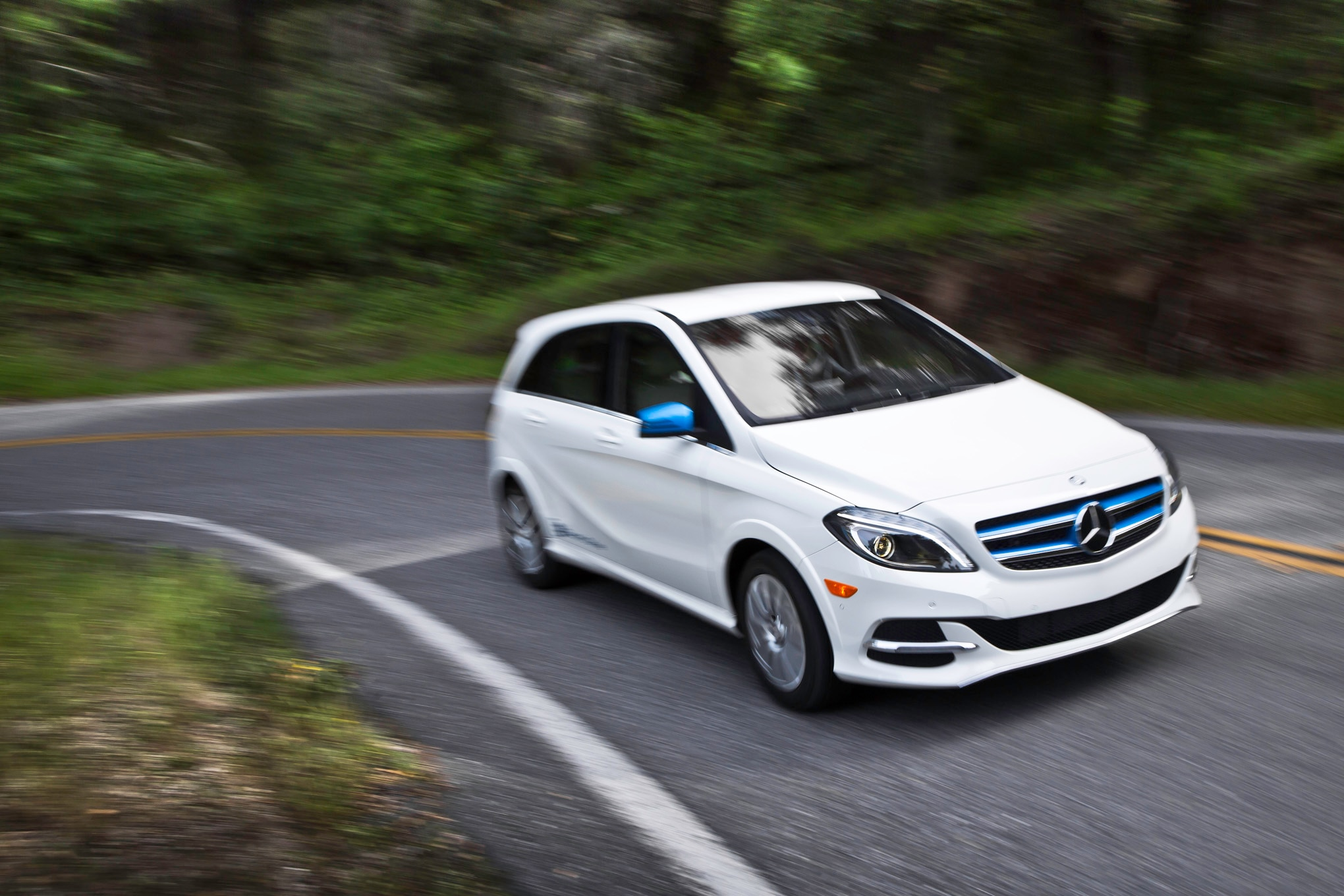 2014 Mercedes Benz B Class Electric Drive Front End Turn