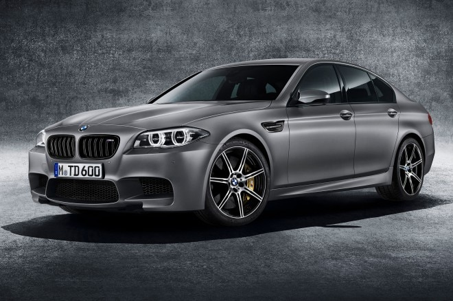 2015 BMW M5 30th Anniversary Edition Front Side View1 660x438