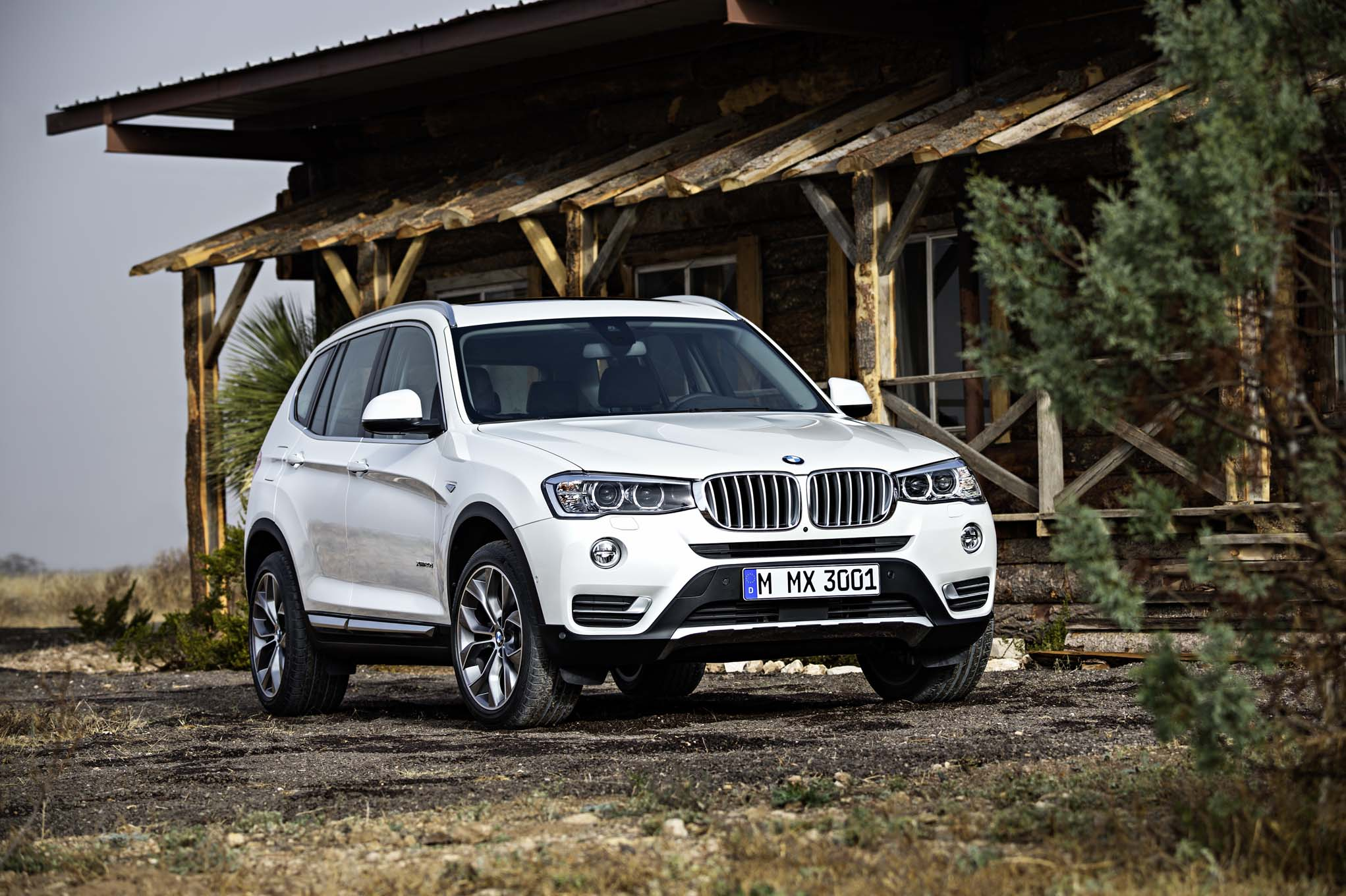 2015 BMW X3 Front Three Quarters1