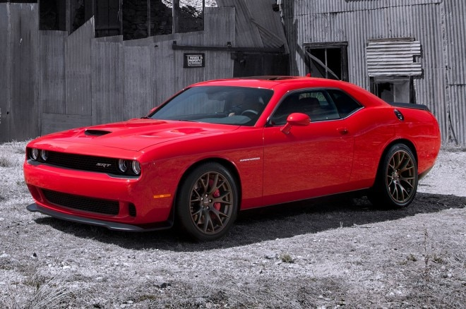 2015 Dodge Challenger SRT Hellcat Front Side View Parked 660x438