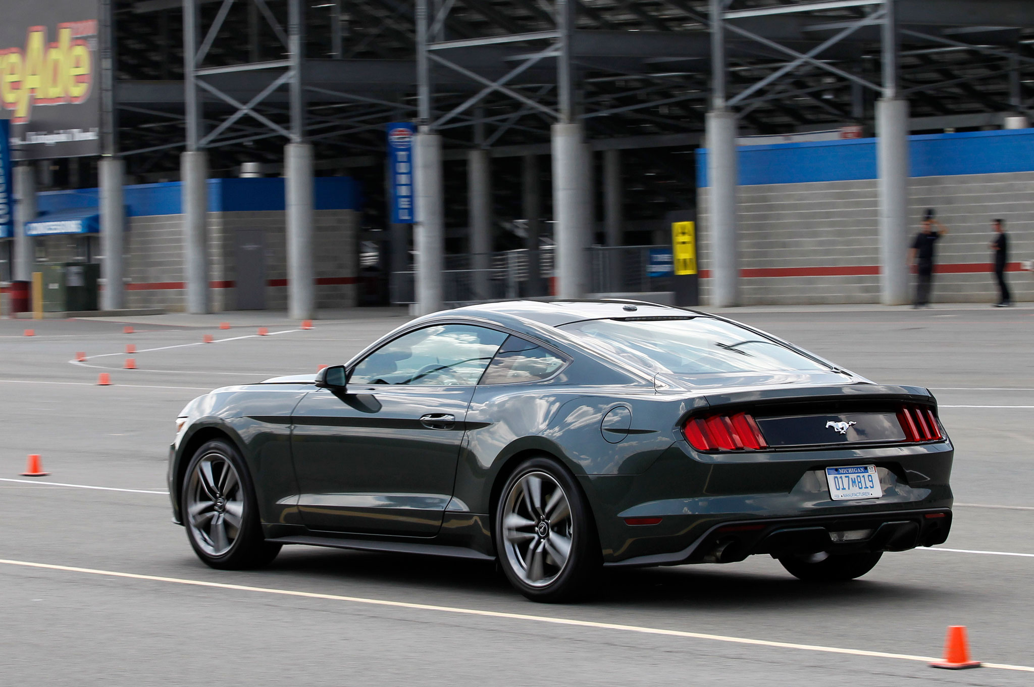 2015 Ford Mustang 2.3 EcoBoost First Ride - Automobile Magazine