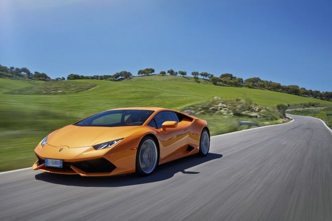 2015 Lamborghini Huracan LP 610 4 Front Three Quarters In Motion 02 660x440