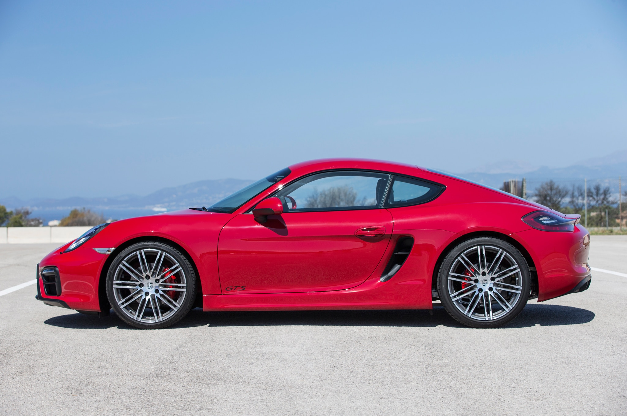 2015 porsche cayman boxster gts review automobile magazine. Black Bedroom Furniture Sets. Home Design Ideas