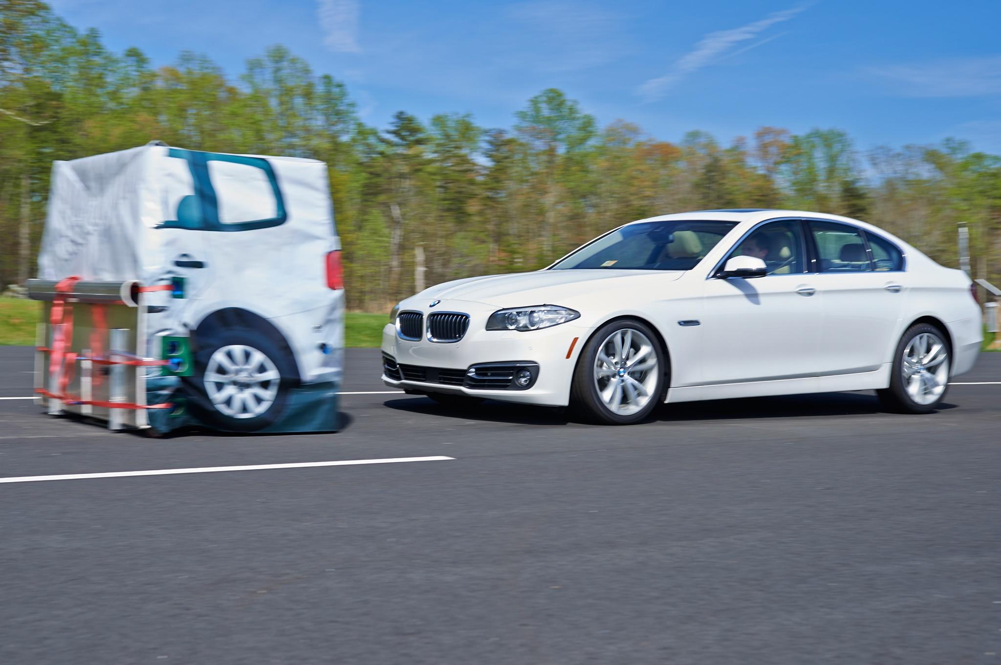 IIHS Front Crash Prevention 2014 BMW 5 Series1