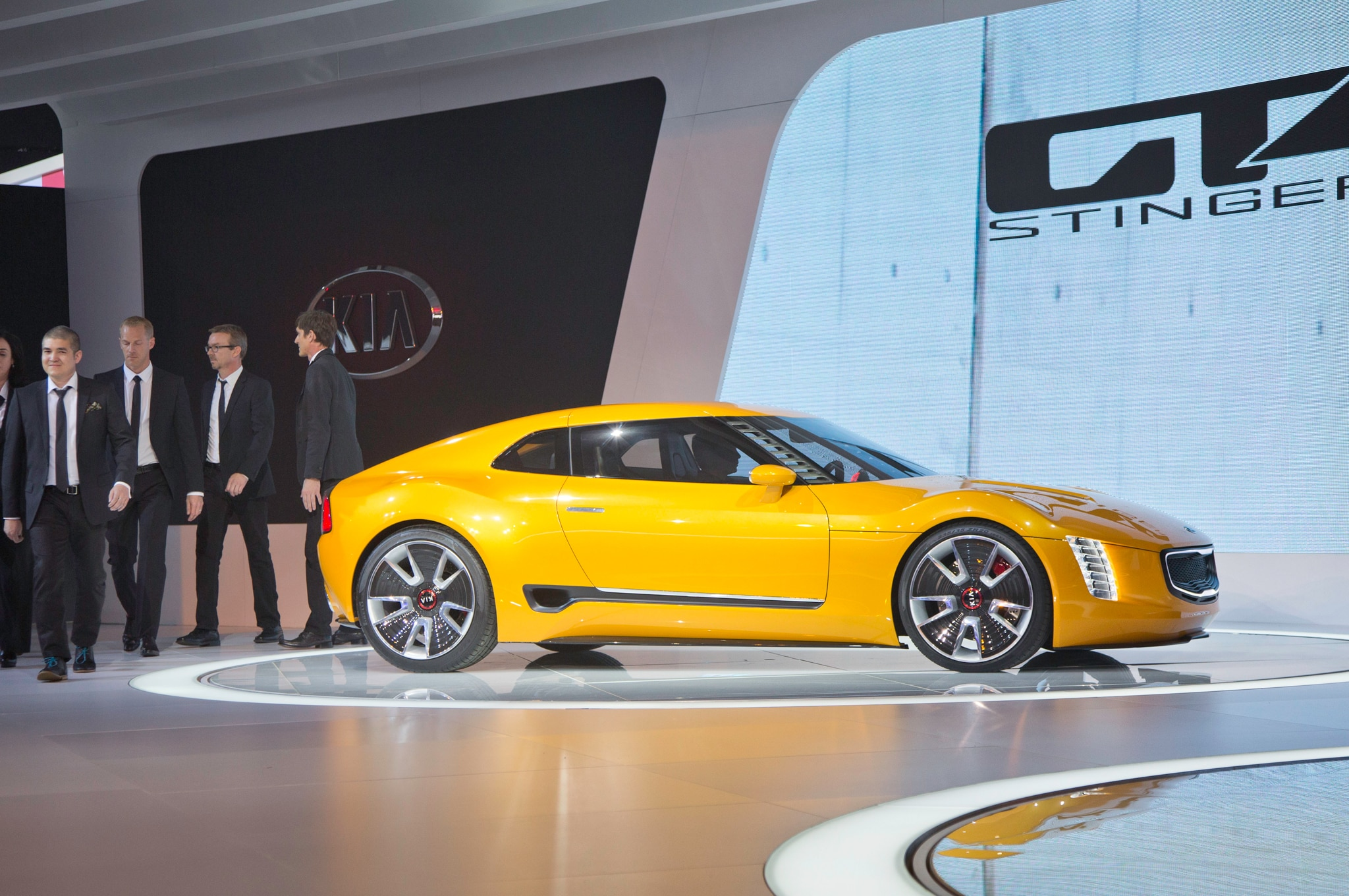 Kia GT4 Stinger Concept Side Profile 021