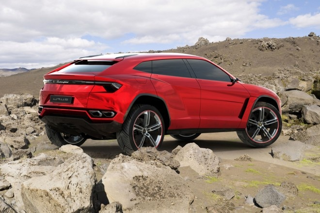 Lamborghini Urus Prototype Right Rear View1 660x438
