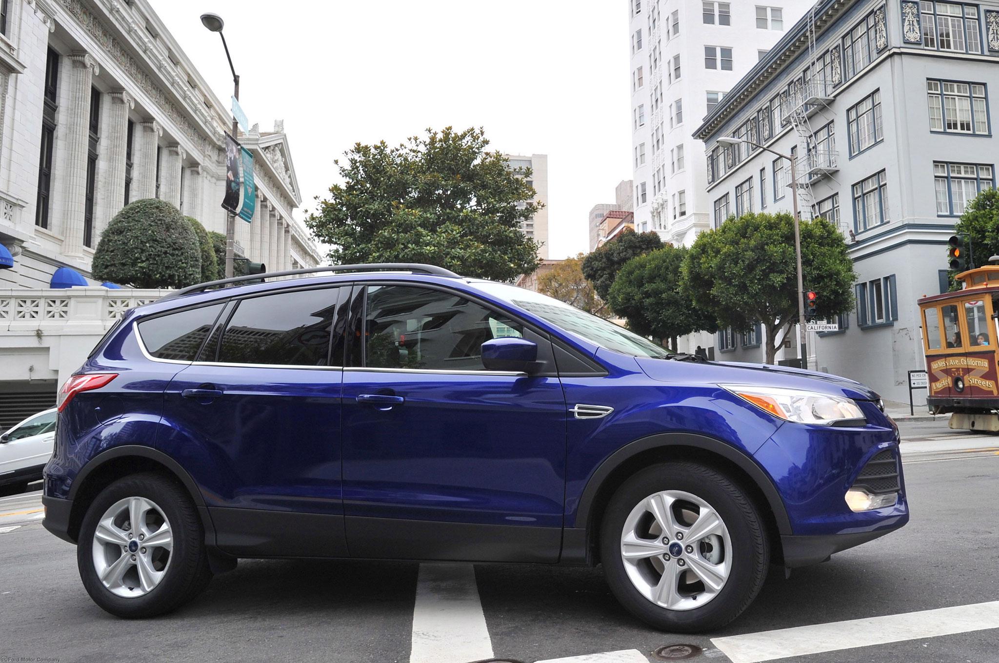 2013 Ford Escape Right Side1