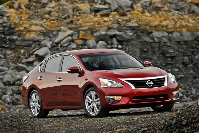 2014 Nissan Altima Front1 660x440