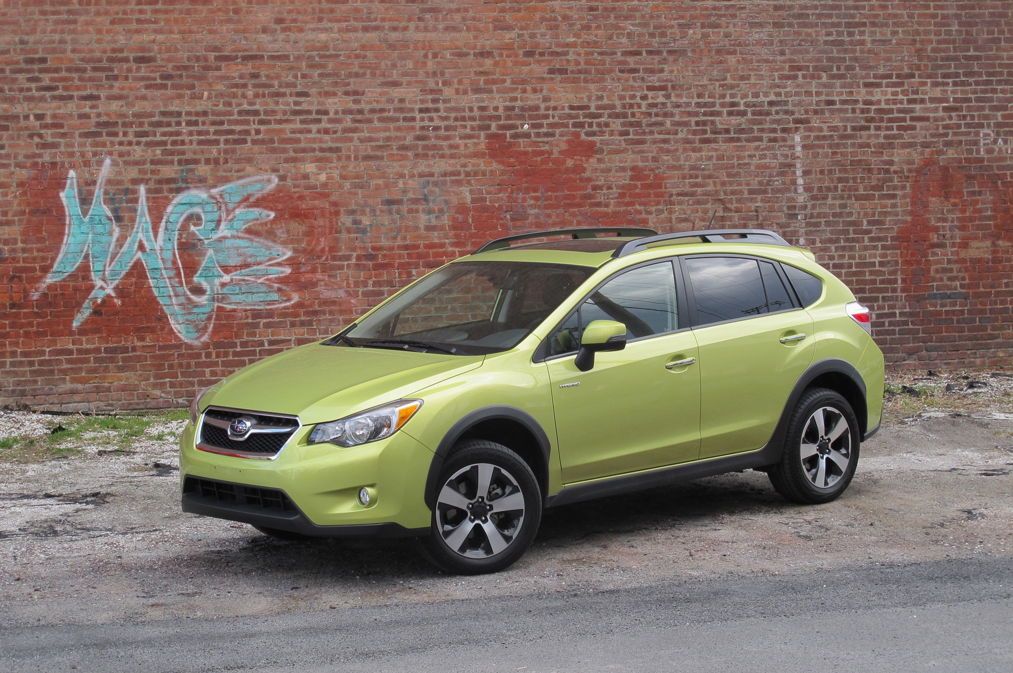 2014 Subaru XV Crosstrek Hybrid Front Side View