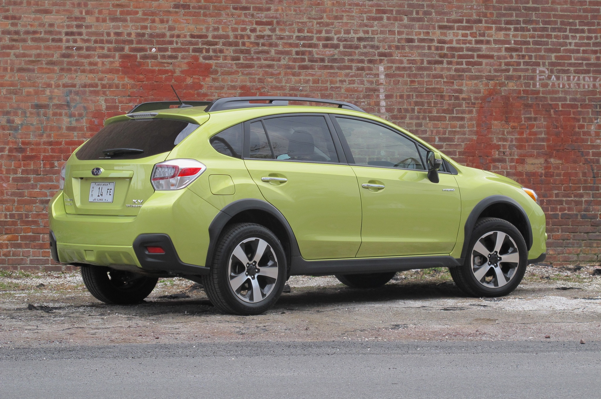 2014 subaru xv crosstrek hybrid around the block. Black Bedroom Furniture Sets. Home Design Ideas