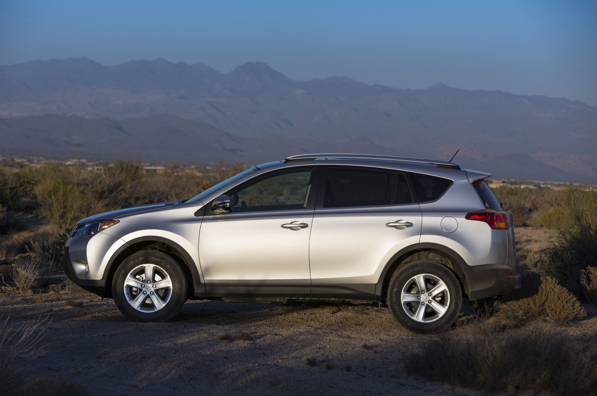 2014 Toyota RAV4 XLE Side View
