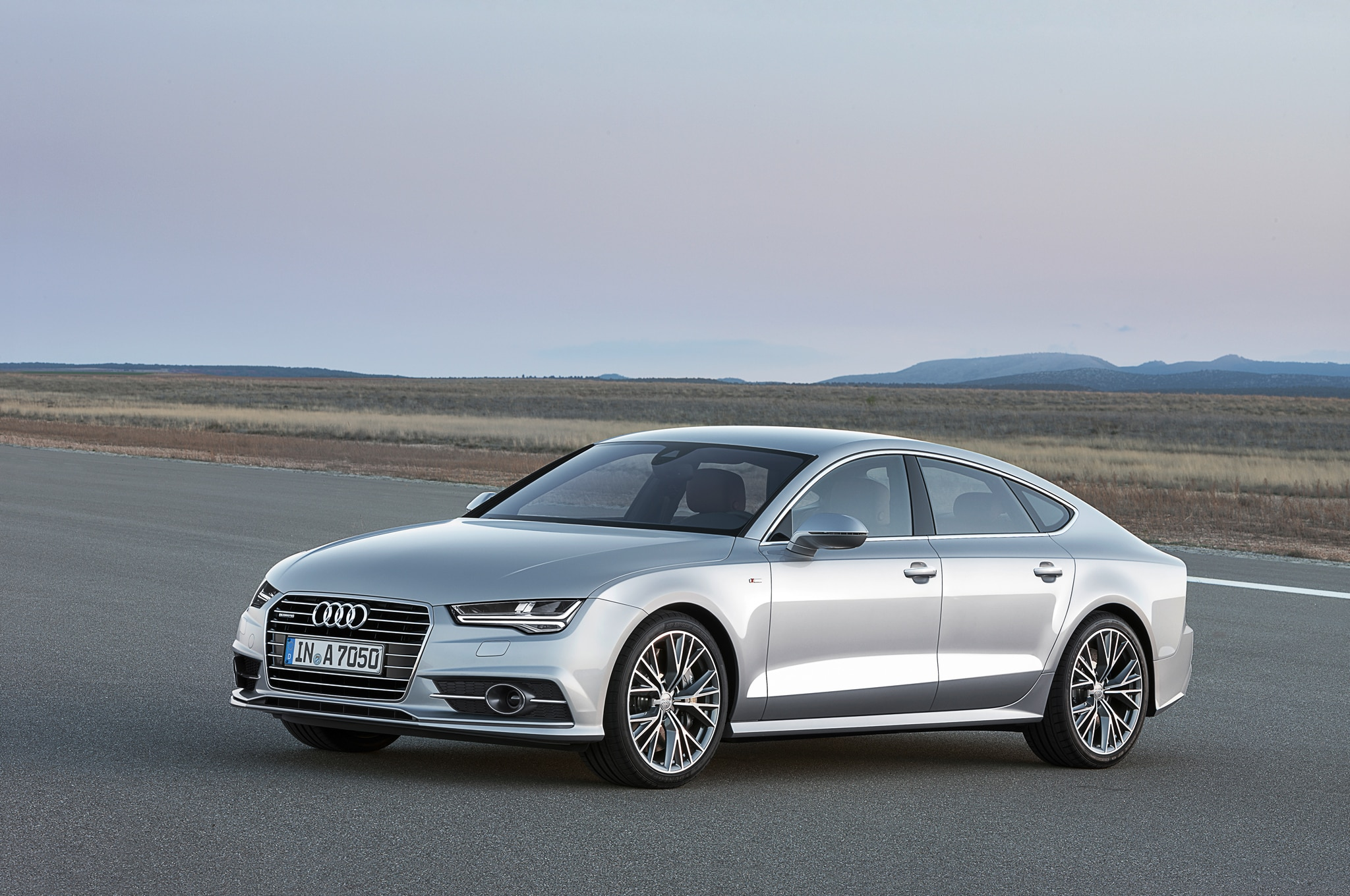 2015 Audi A7 Front Three Quarter