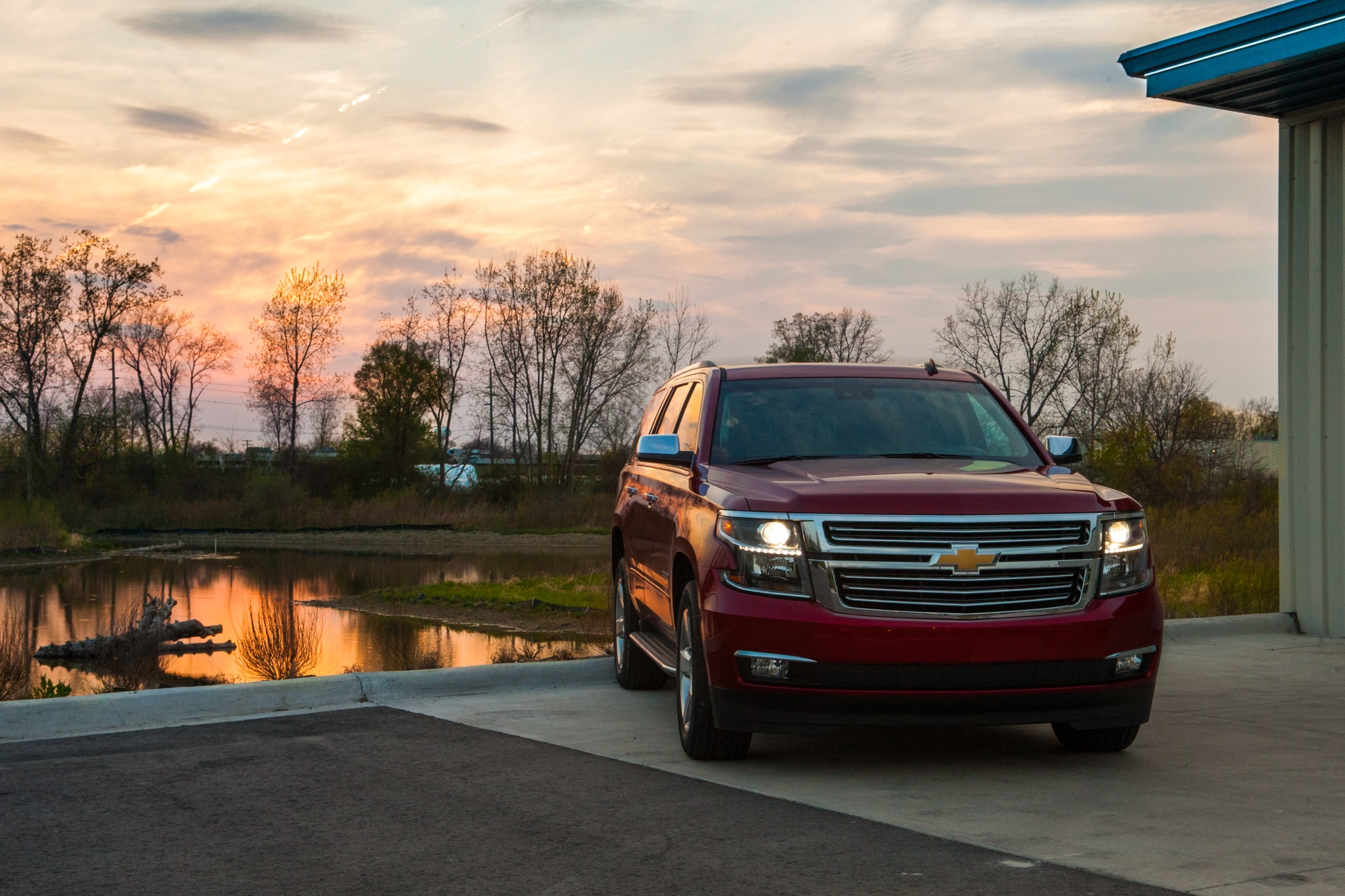 2015 Chevrolet Tahoe LTZ Front End