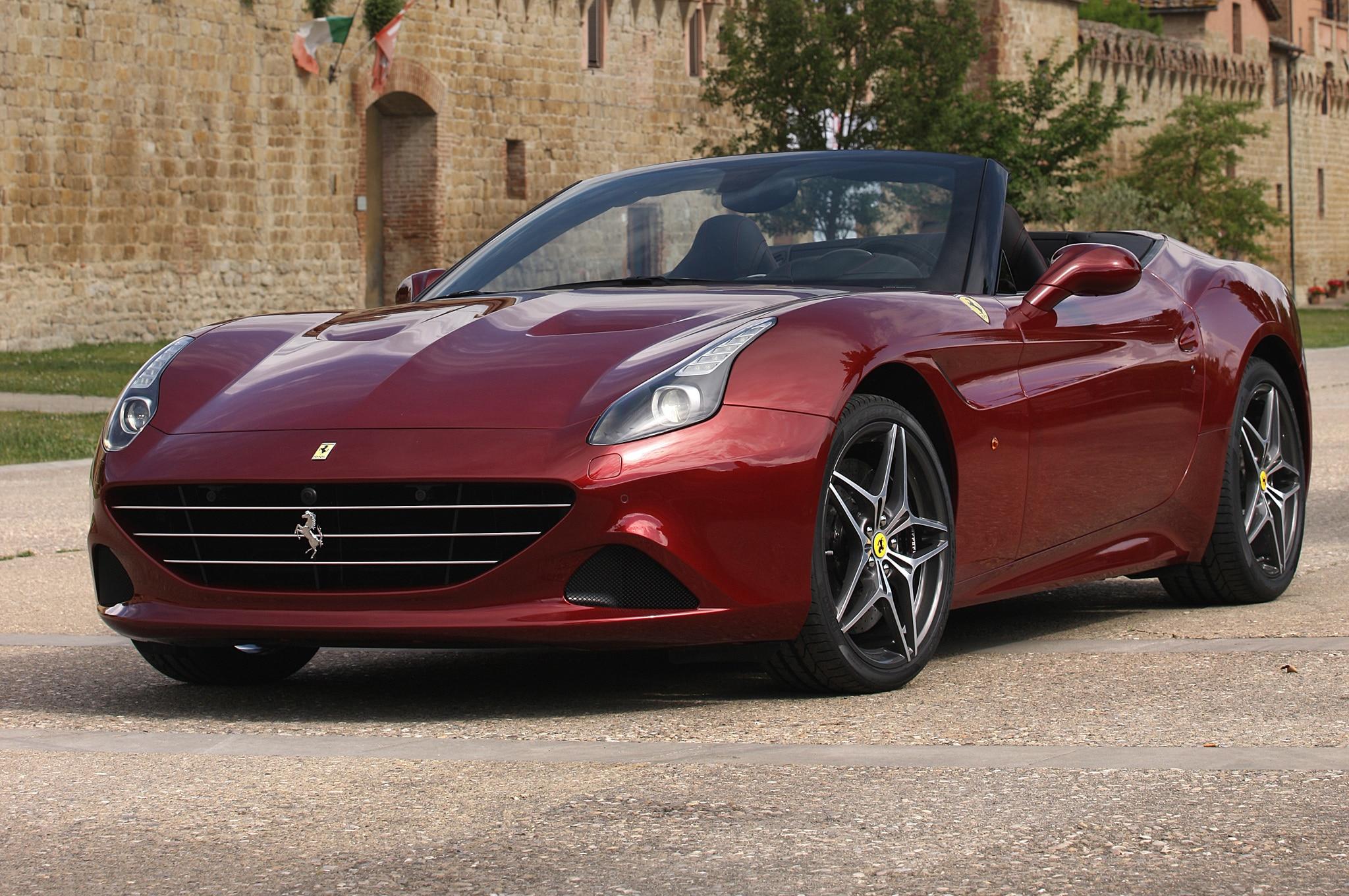 2015 Ferrari California T Front Side View