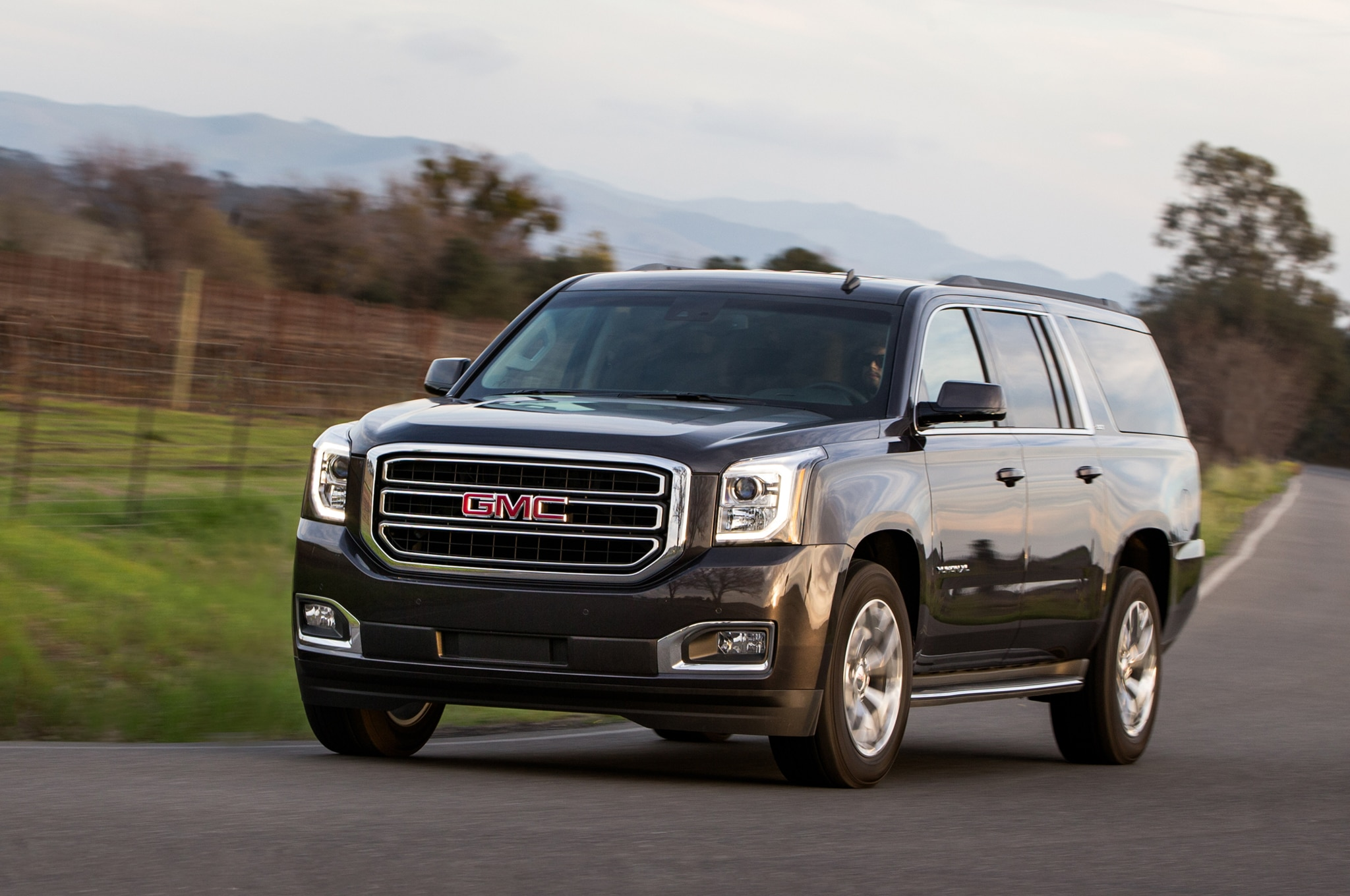 yukon specs us denali xl gmc napa suburban yukonxl feb en pages news yukondenali specifications