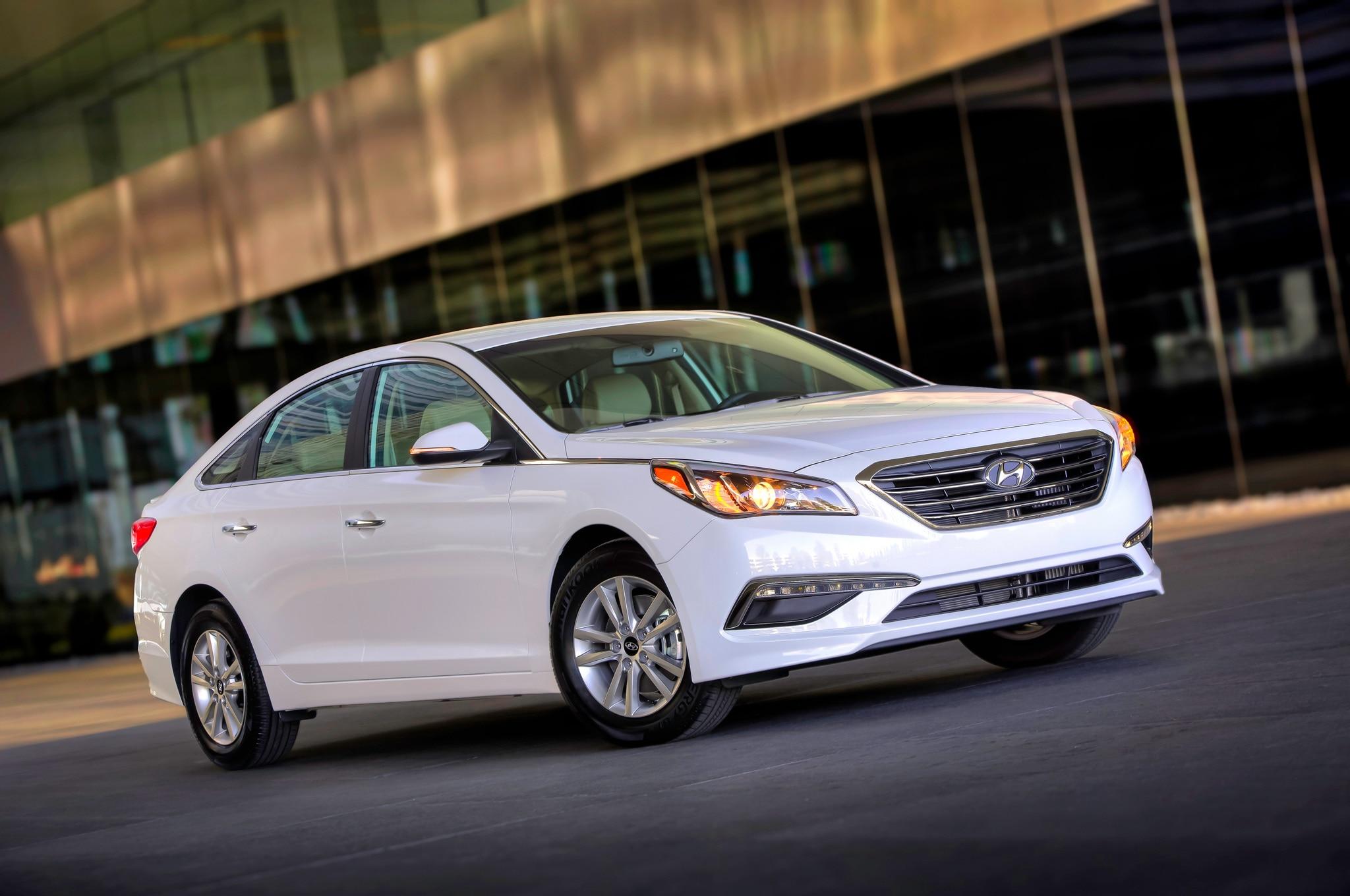 2015 Hyundai Sonata Eco Front Side Motion Full View1
