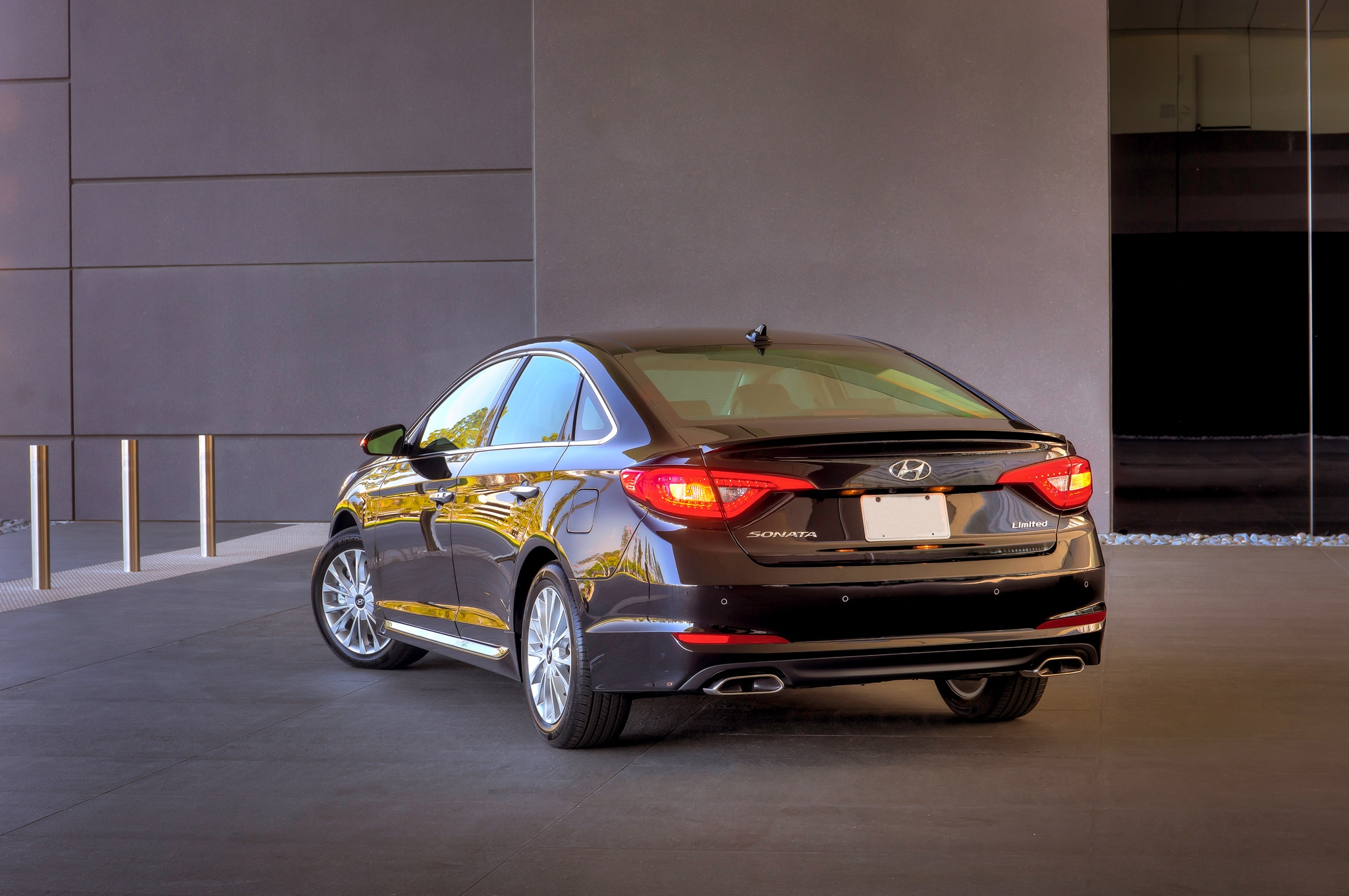 2015 hyundai sonata pricing options and specifications cleanmpg - Show More