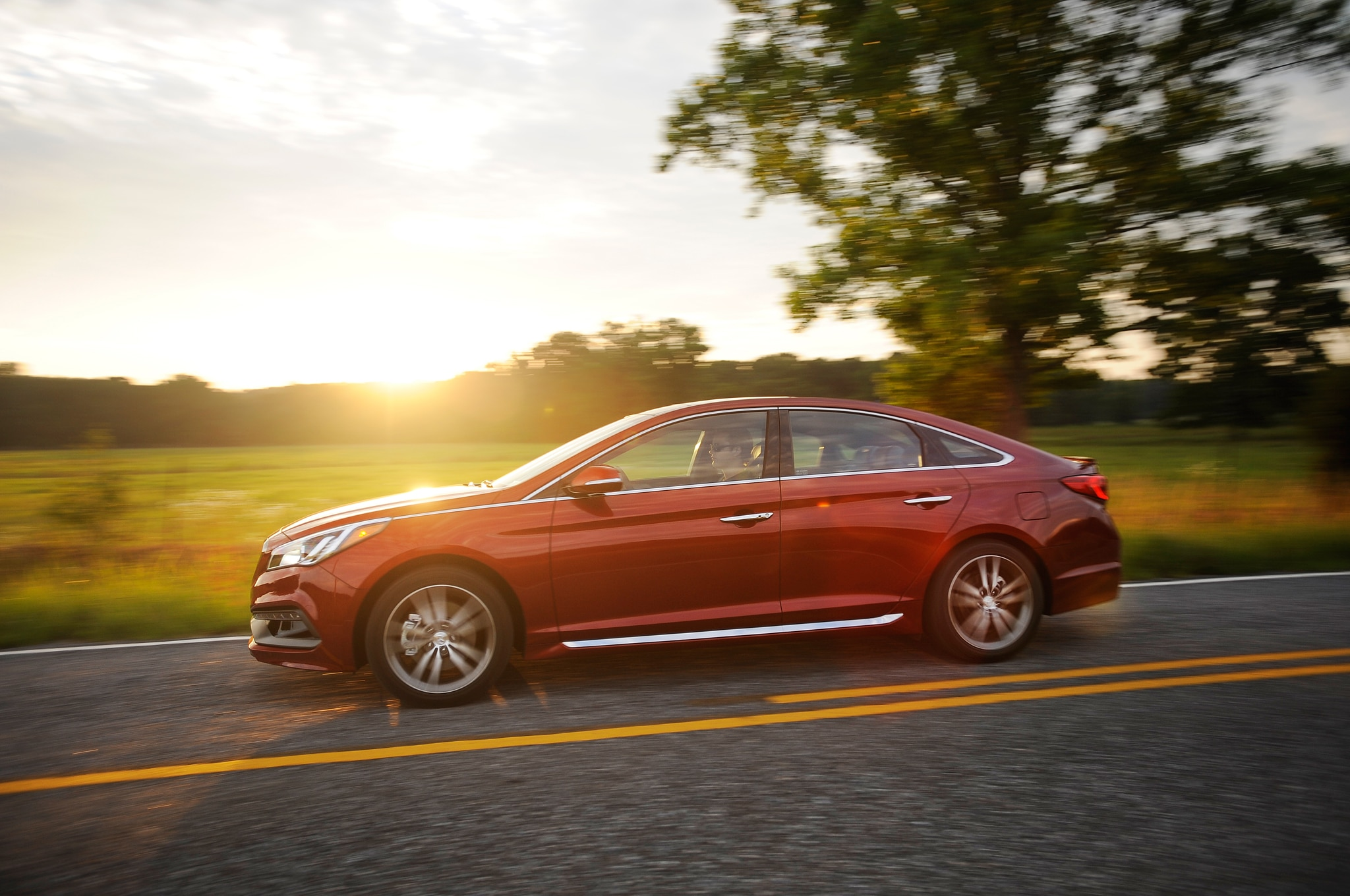 2015 Hyundai Sonata Sport Front Side In Motion1