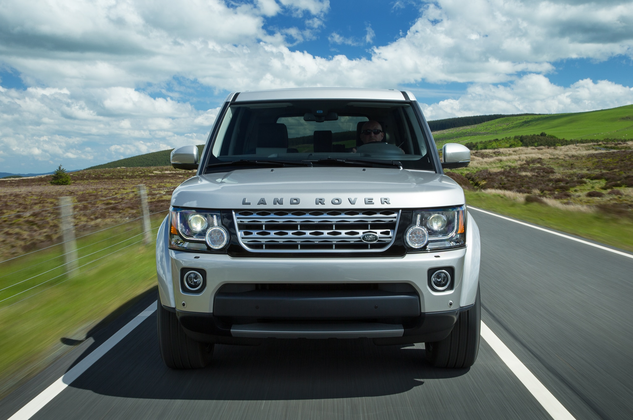 love lease sport front landrover land rover page quarter the latest discovery lifestyle